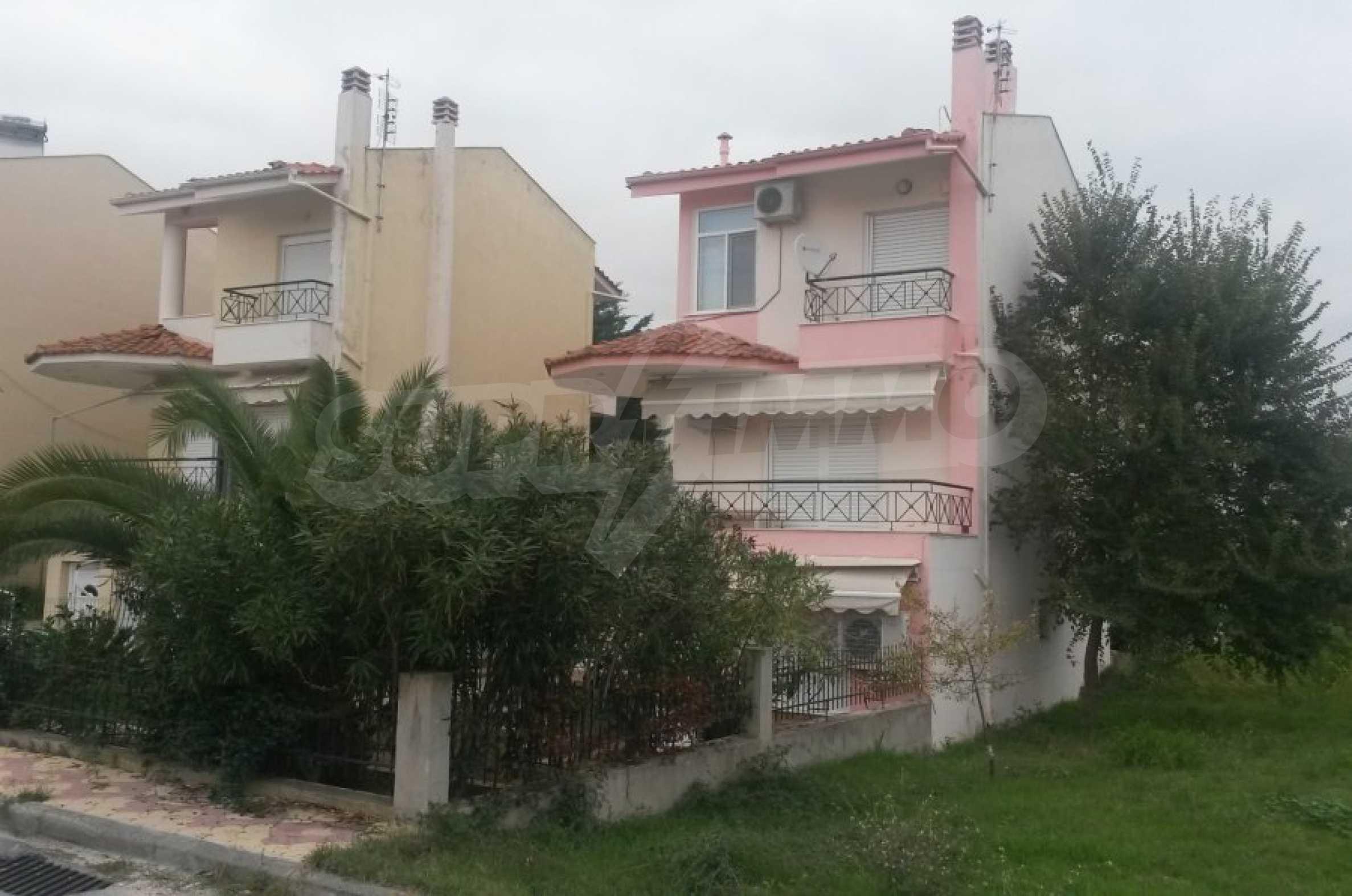 Обзаведена къща в Неа Ираклица 35
