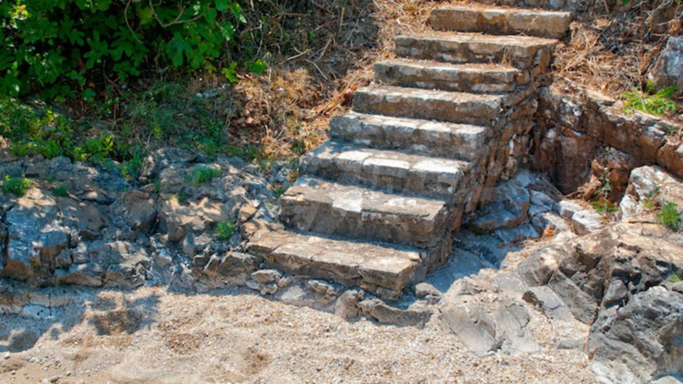 Превъзходна вила, извисена над водите на Йонийско море 14