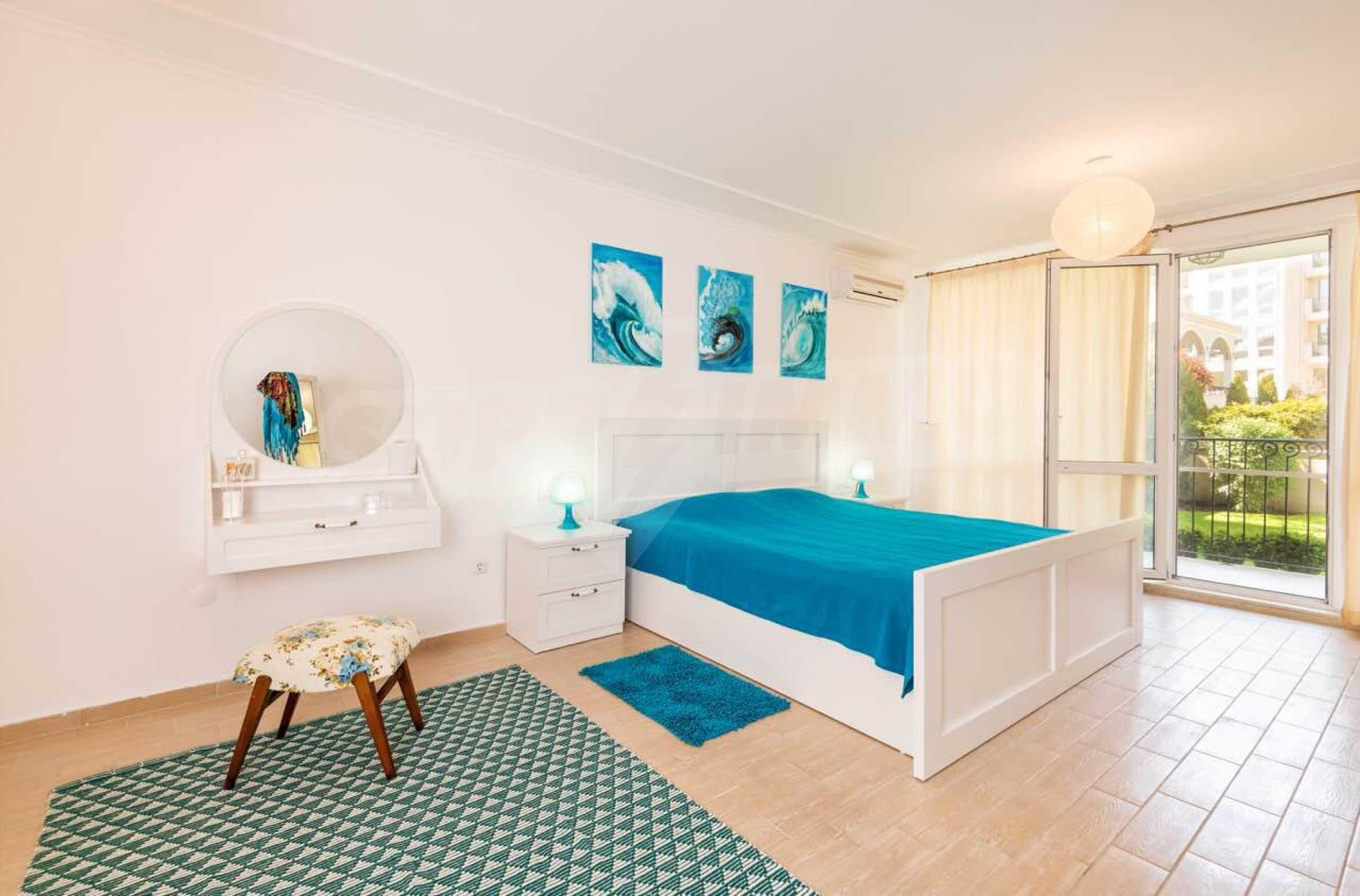 Стилен тристаен апартамент в гр. Черноморец 13