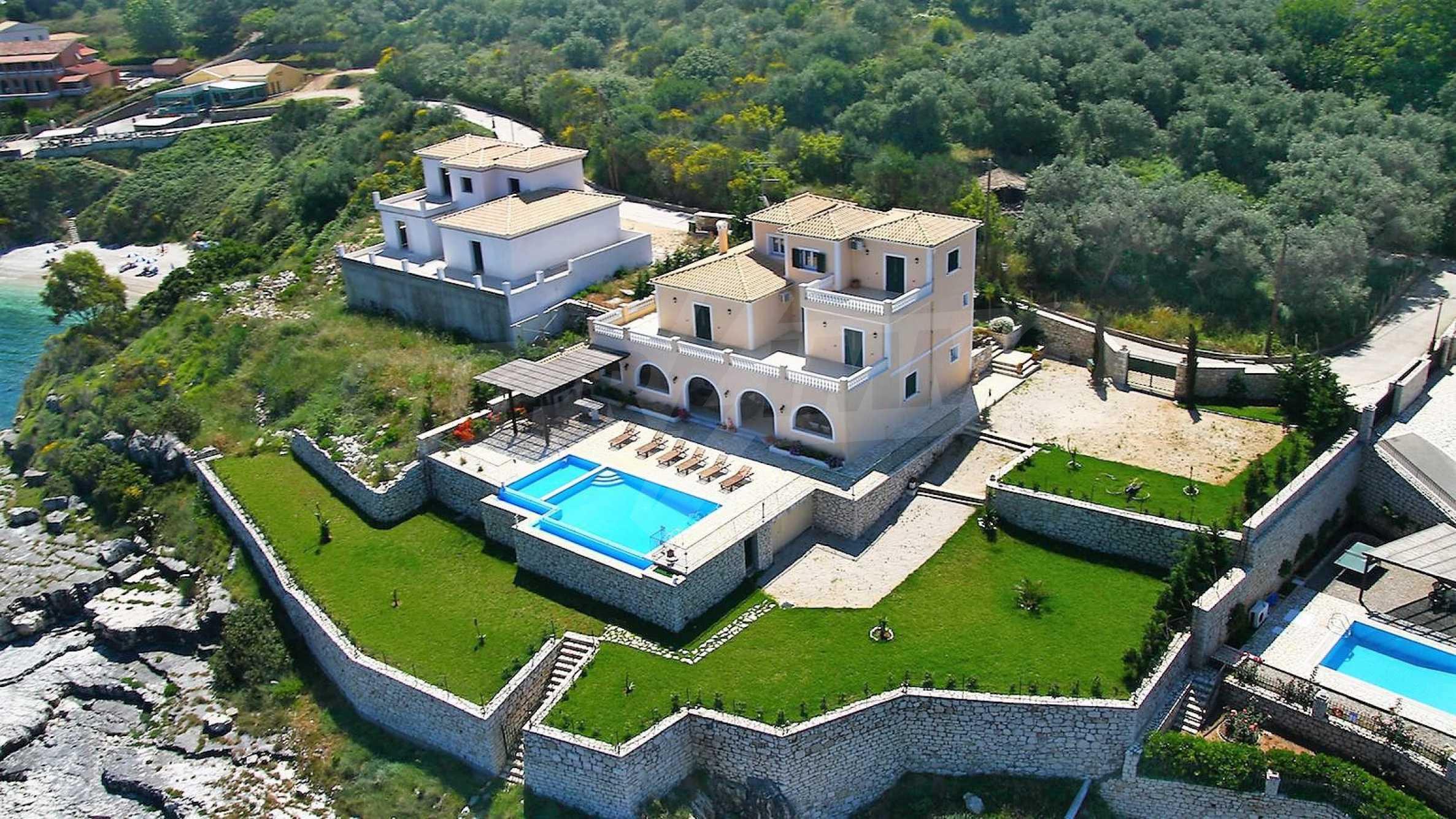 Превъзходна резиденция с достъп до девствен залив, остров Корфу 14