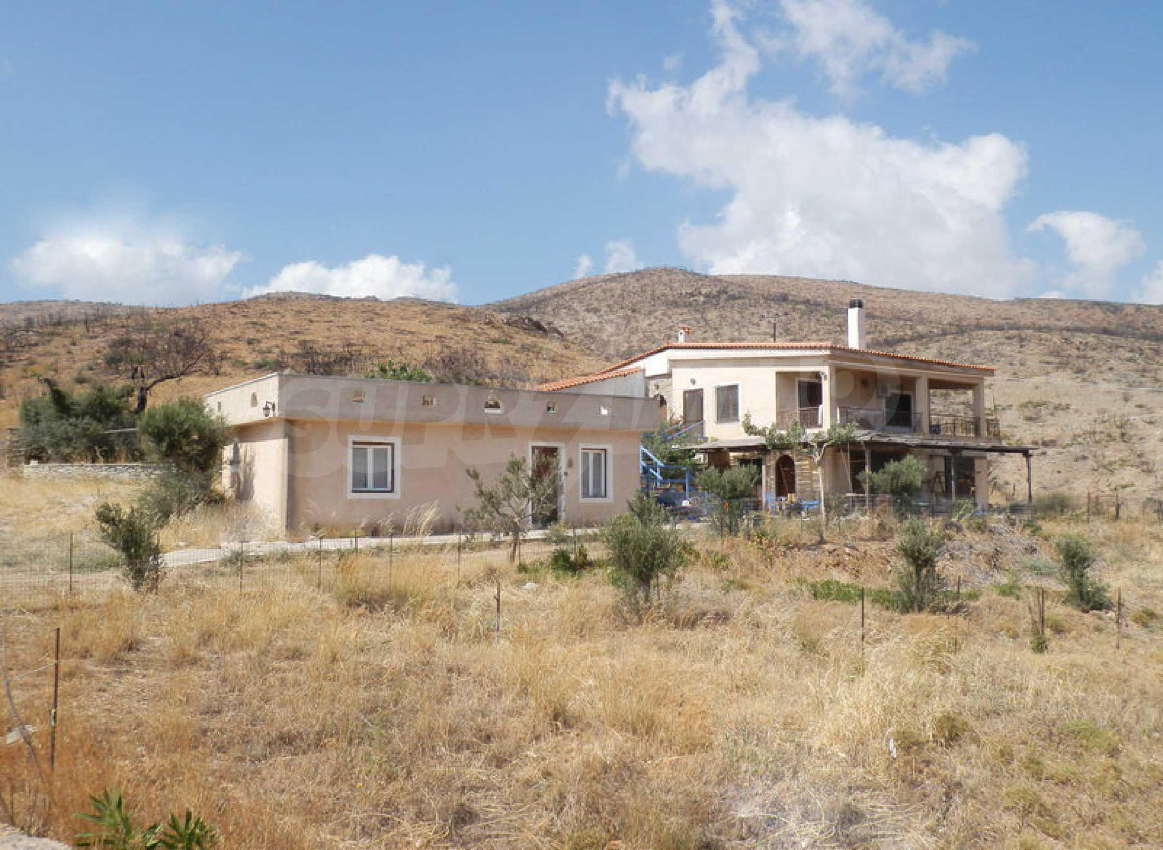 Прекрасен имот близо до Мармари, о.Евия 1