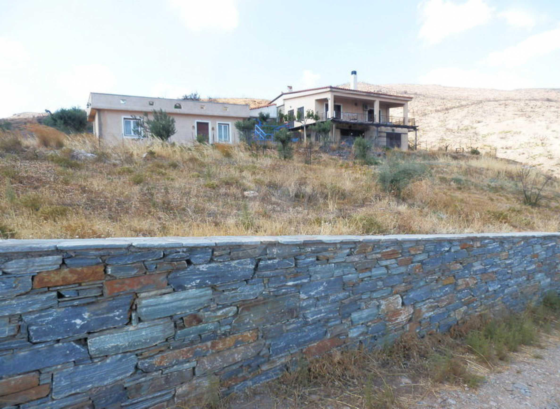Прекрасен имот близо до Мармари, о.Евия 3