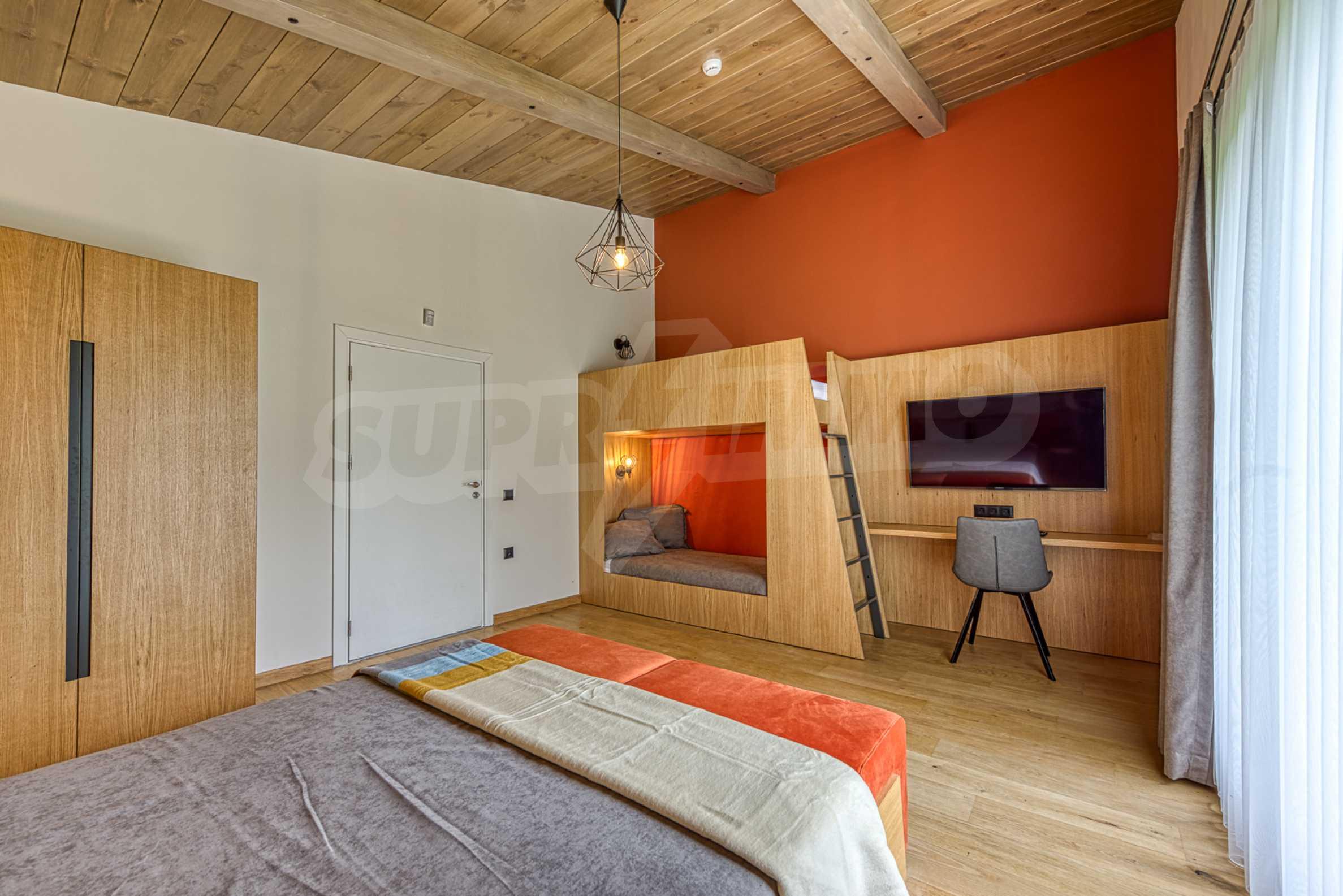 Вилна къща в близост до голф игрище и ски курорт Банско 2