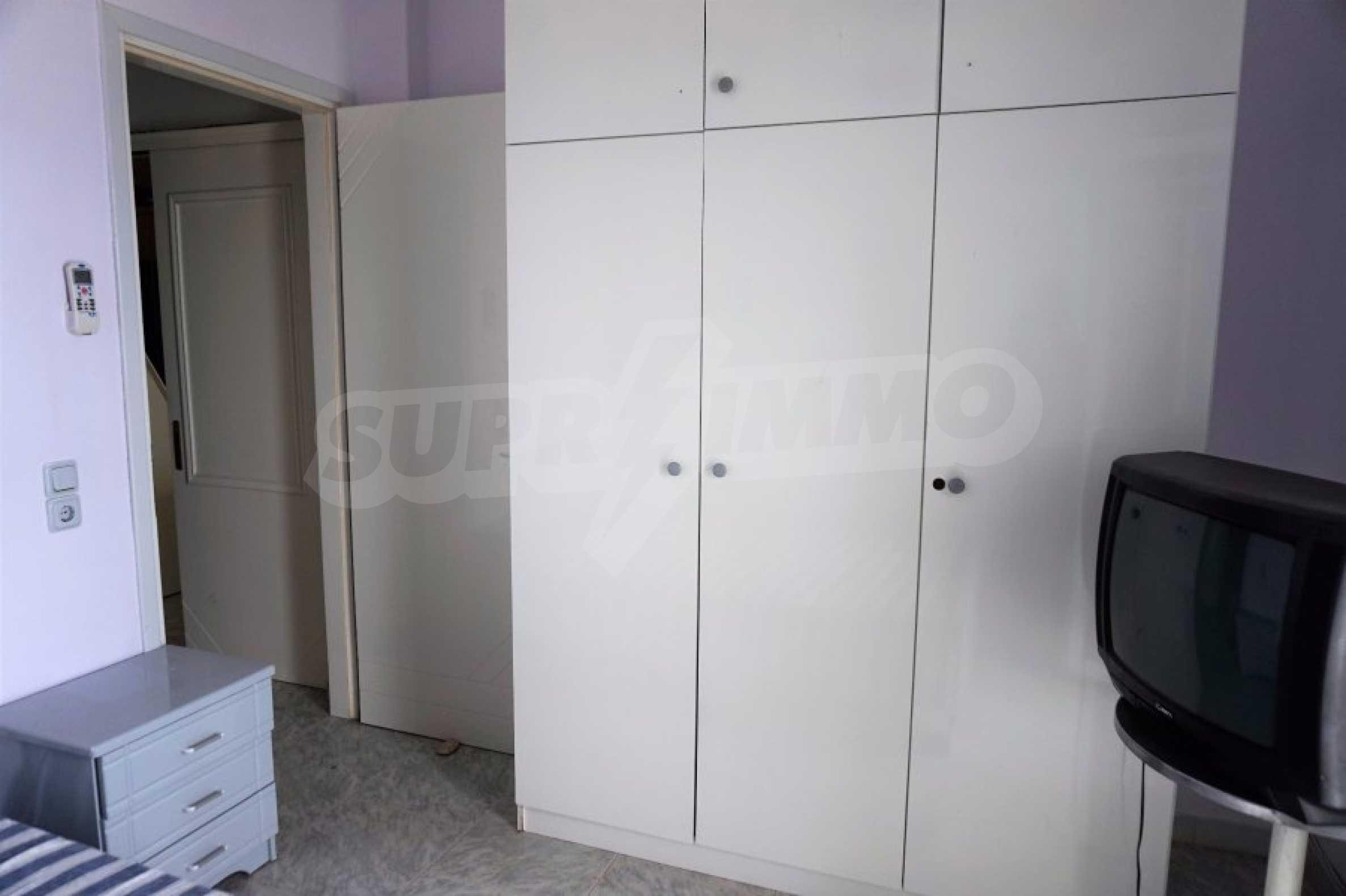 Апартамент с две спални на метри от плажа в Паралия Офринио, Кавала 11