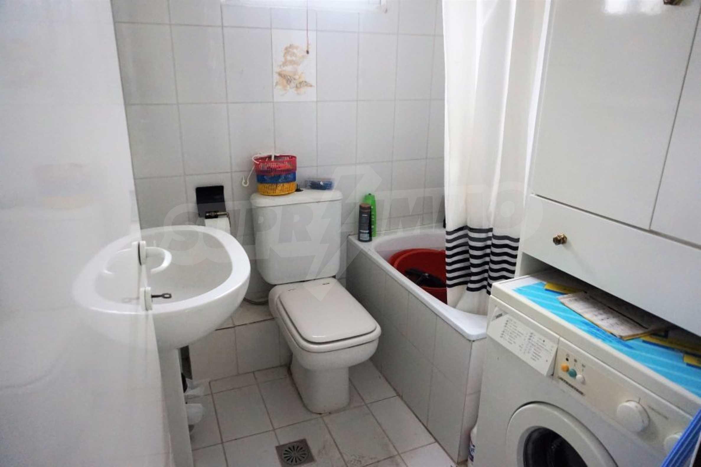 Апартамент с две спални на метри от плажа в Паралия Офринио, Кавала 14