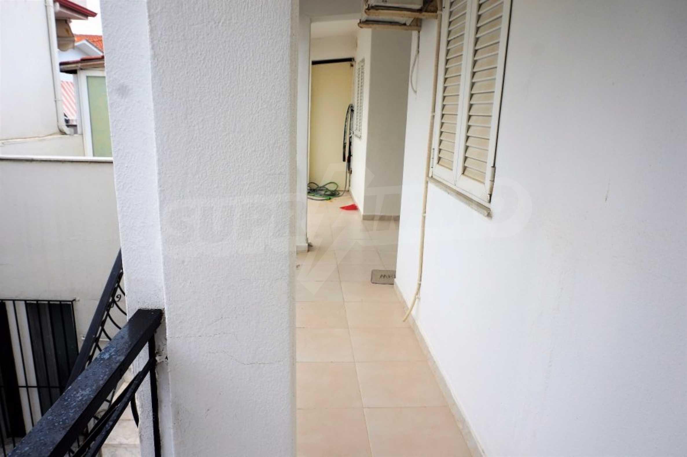 Апартамент с две спални на метри от плажа в Паралия Офринио, Кавала 15