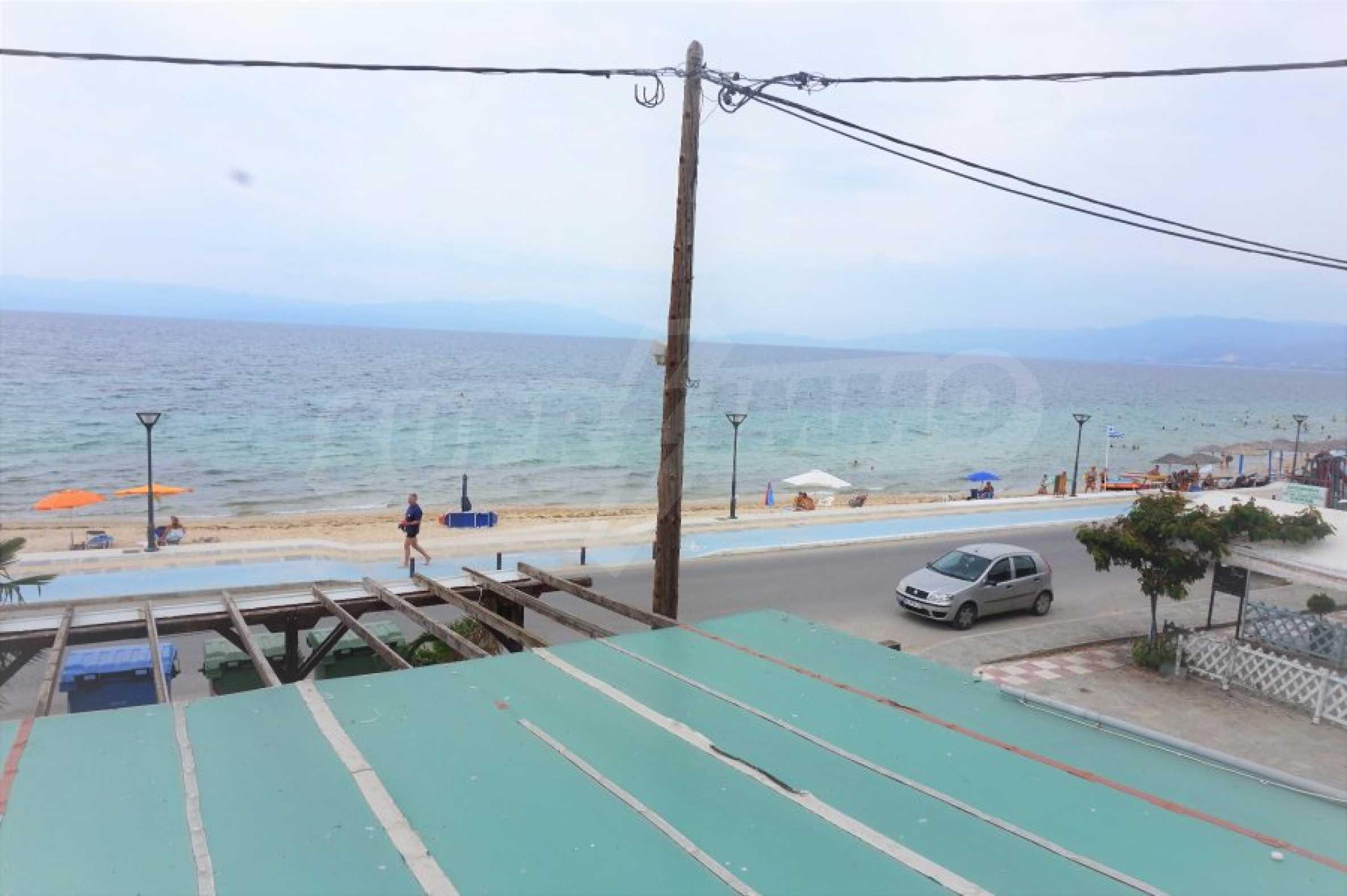 Апартамент с две спални на метри от плажа в Паралия Офринио, Кавала 18