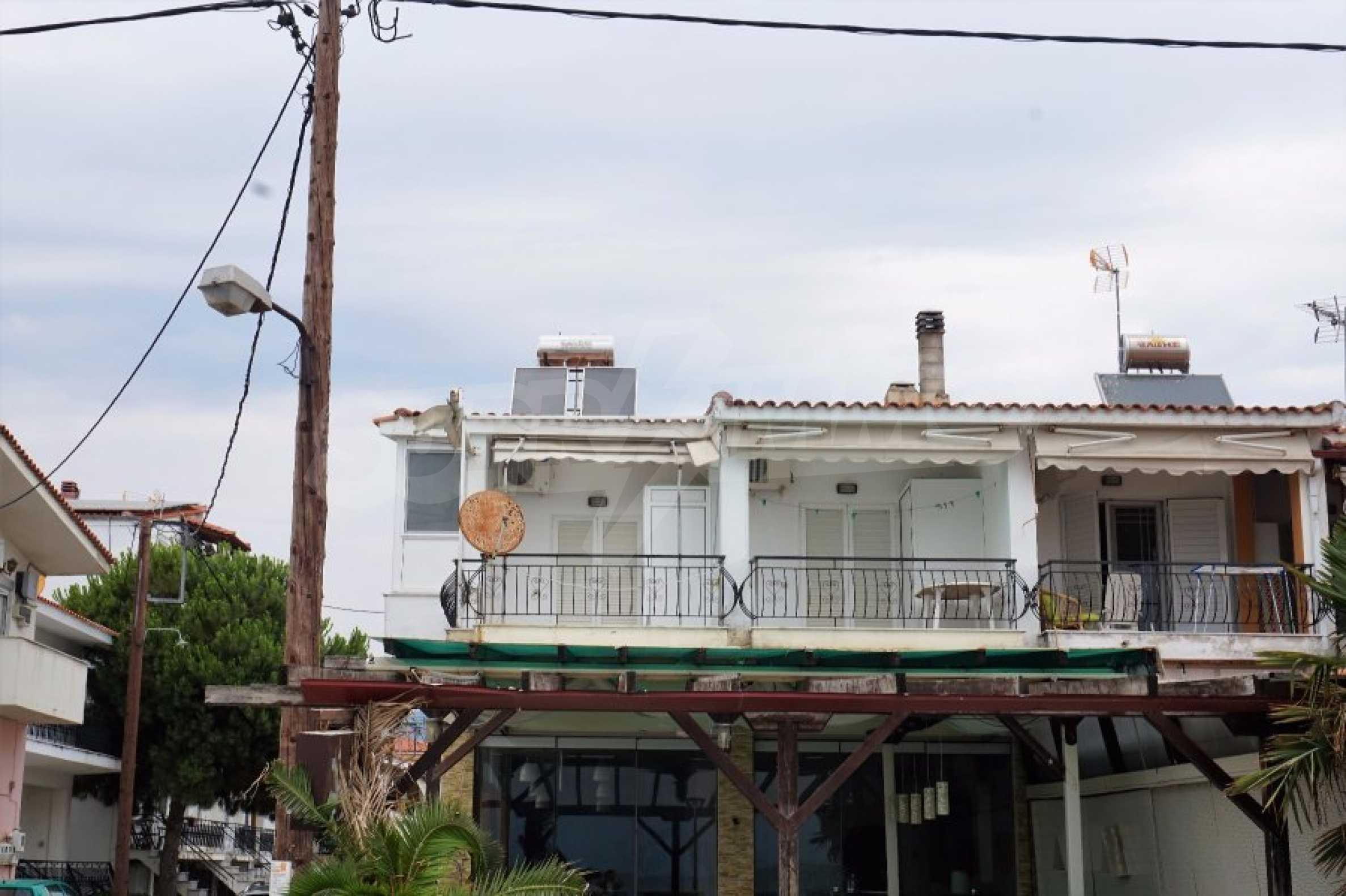 Апартамент с две спални на метри от плажа в Паралия Офринио, Кавала 2
