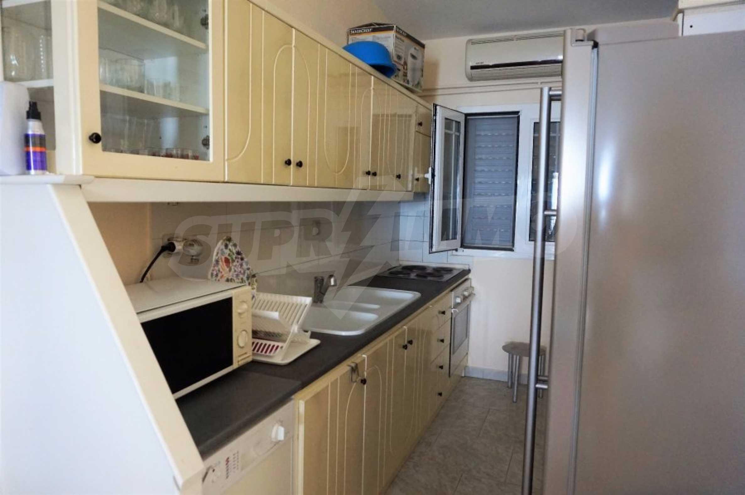 Апартамент с две спални на метри от плажа в Паралия Офринио, Кавала 7