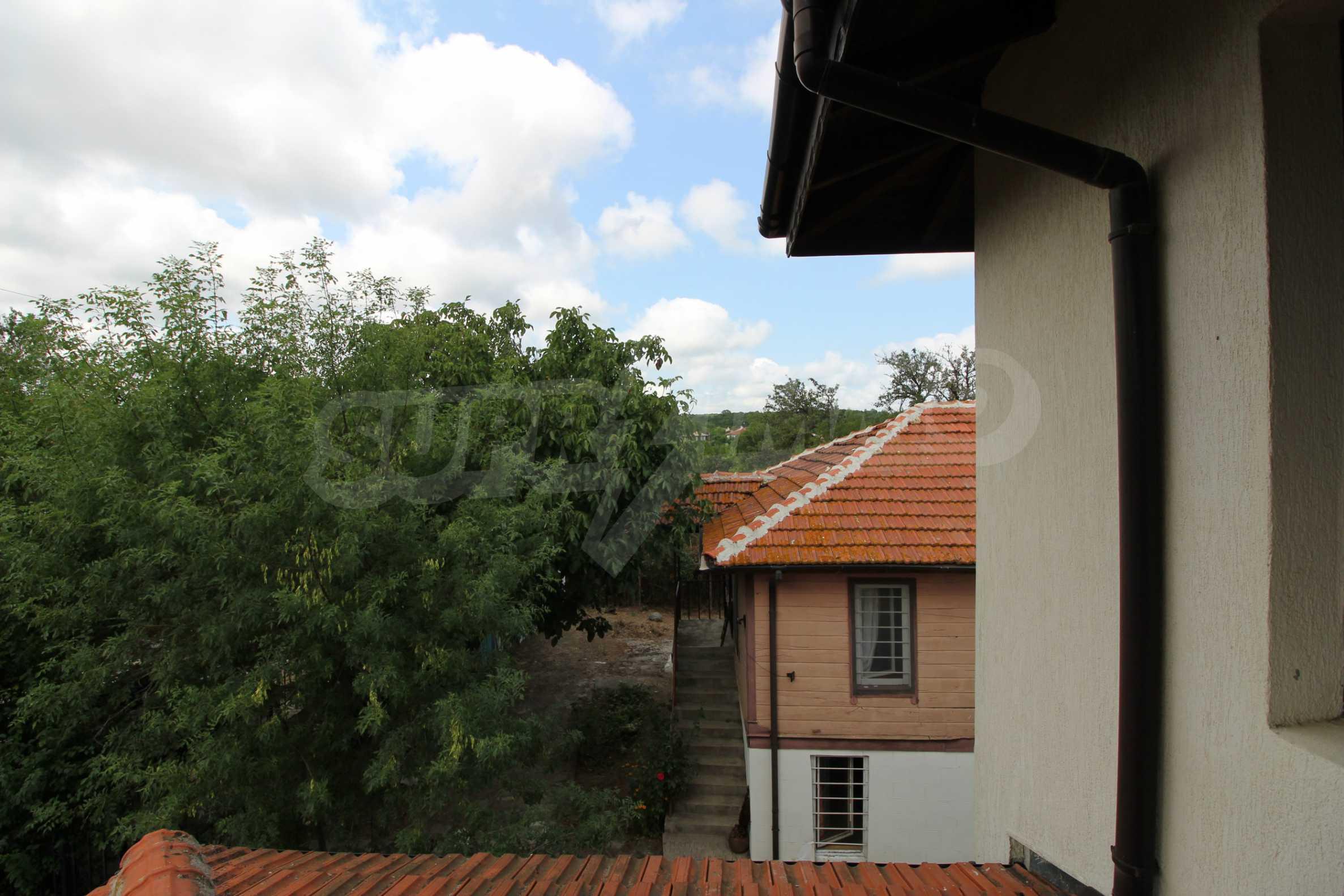 Уютна двуетажна къща в близост до морето, с. Велика 18