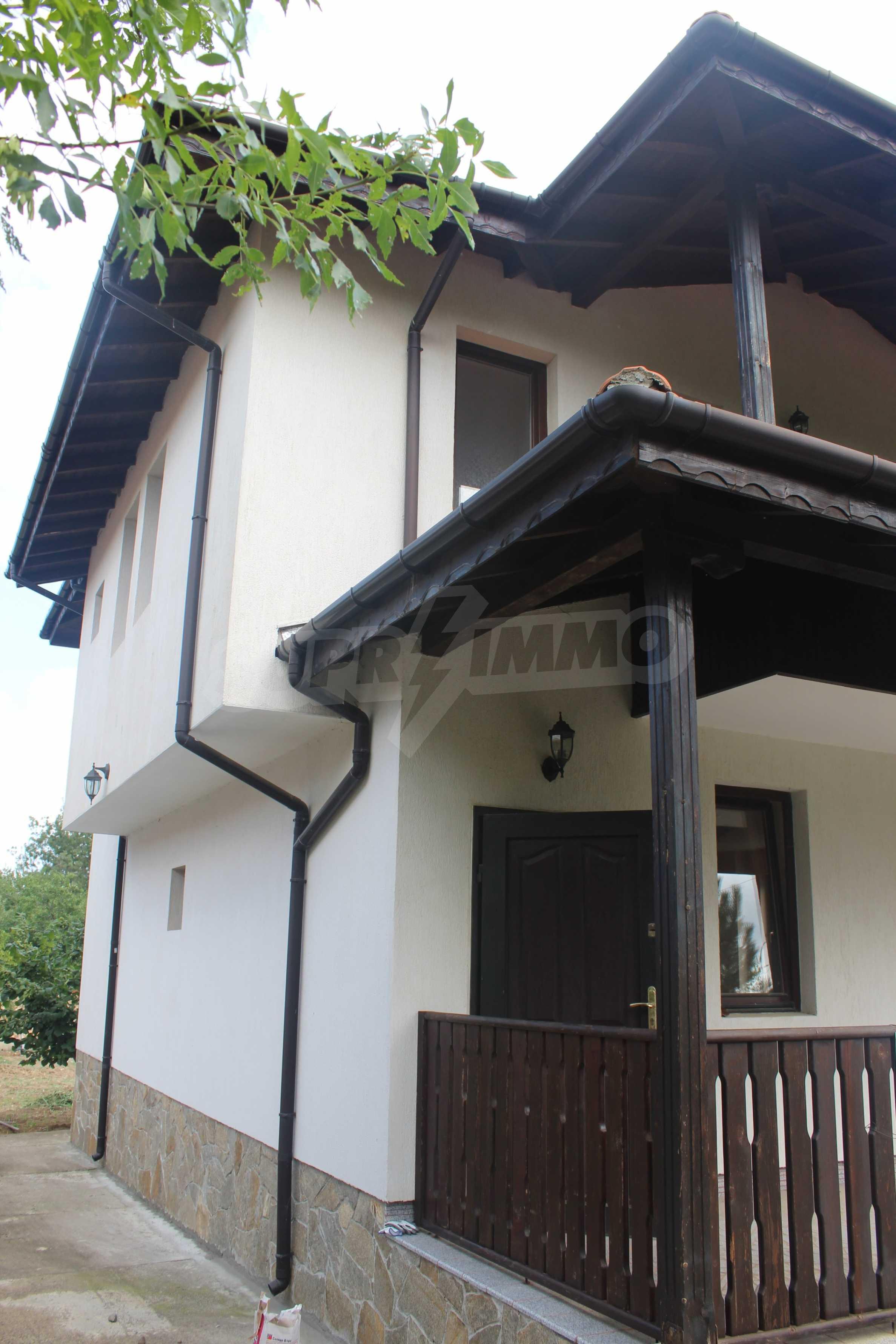 Уютна двуетажна къща в близост до морето, с. Велика 25