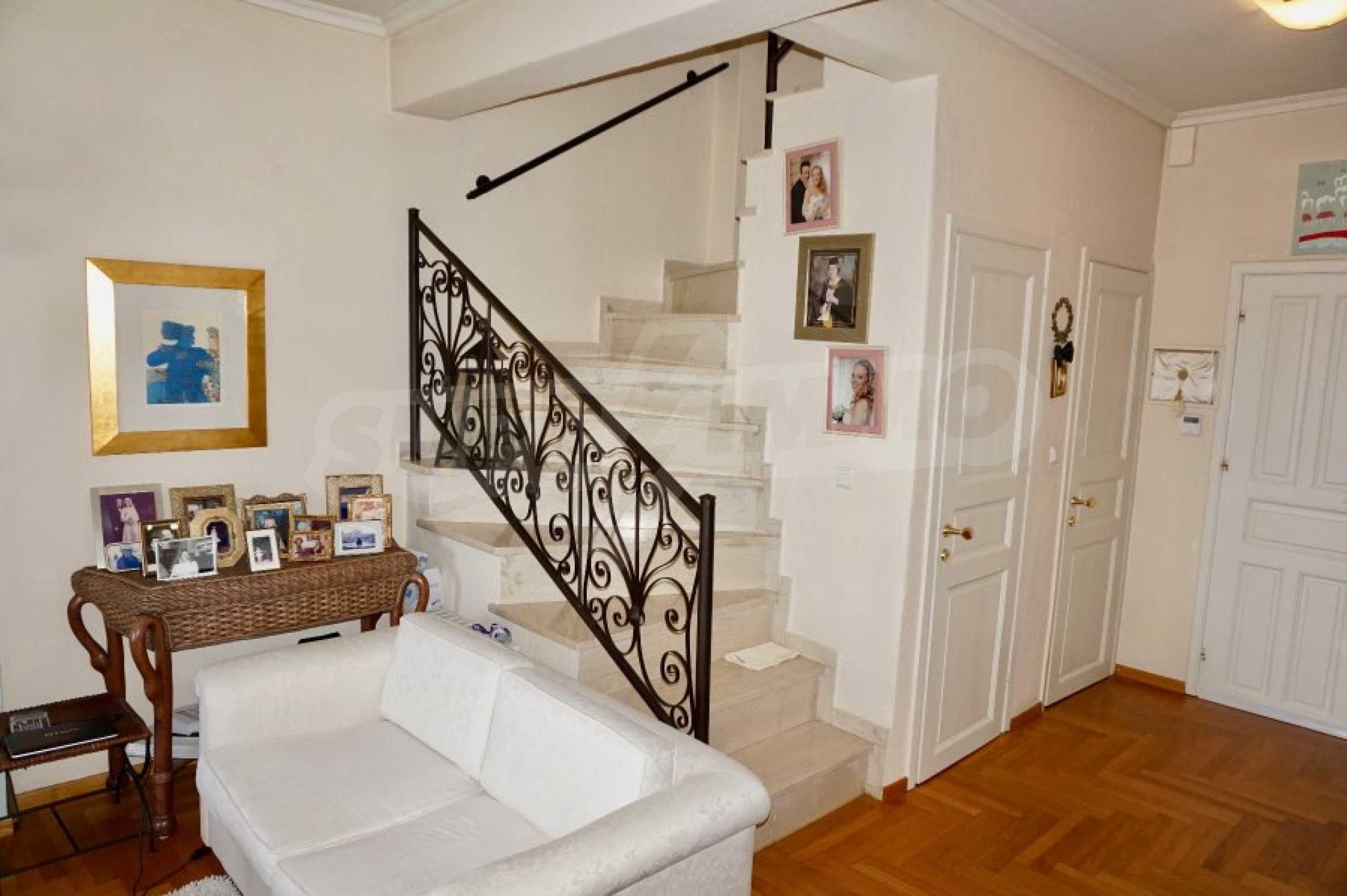 Обзаведена къща с три спални в Палио, Кавала 11