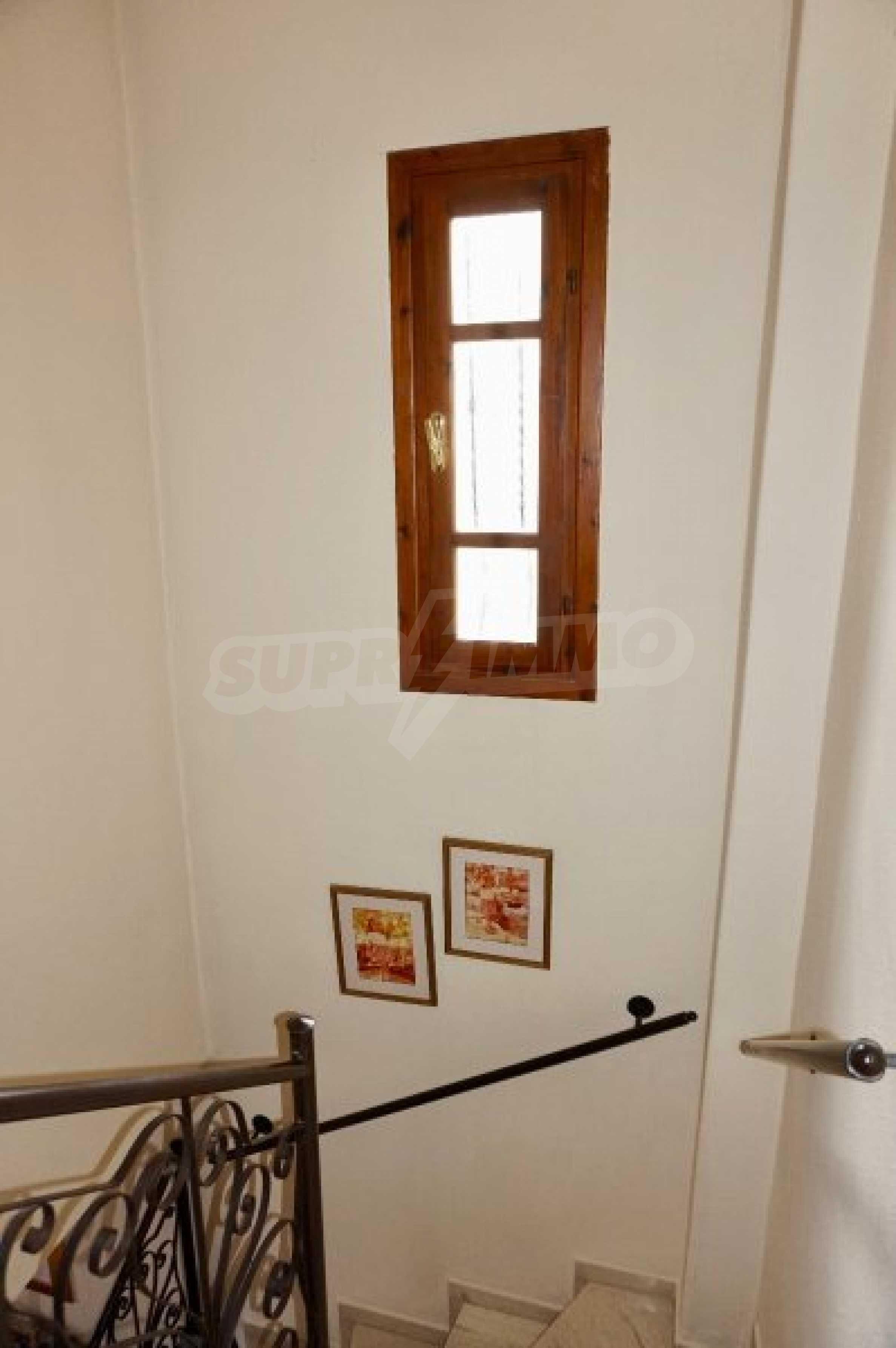 Обзаведена къща с три спални в Палио, Кавала 17