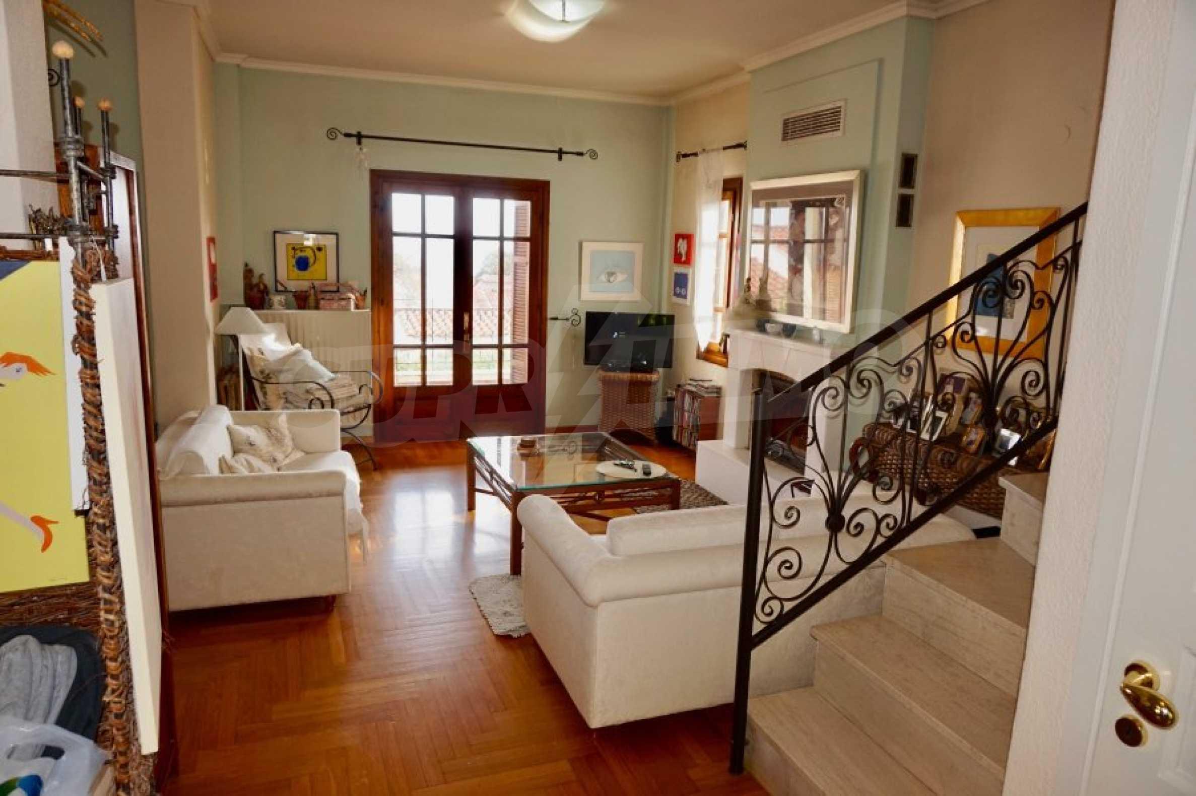 Обзаведена къща с три спални в Палио, Кавала 2