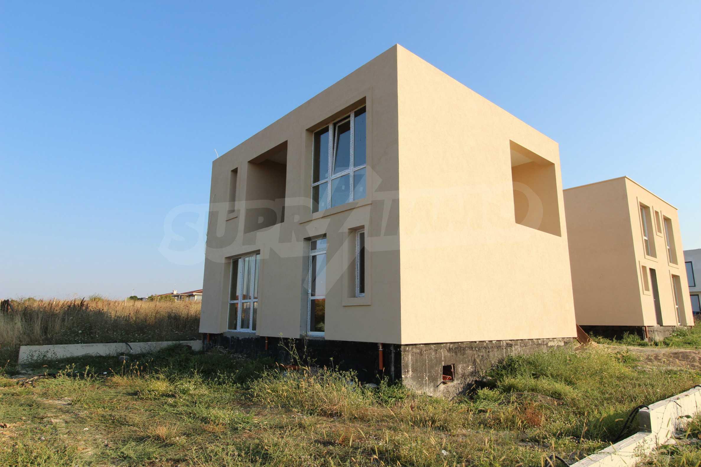 Къща в минималистичен стил, с. Лозенец 1