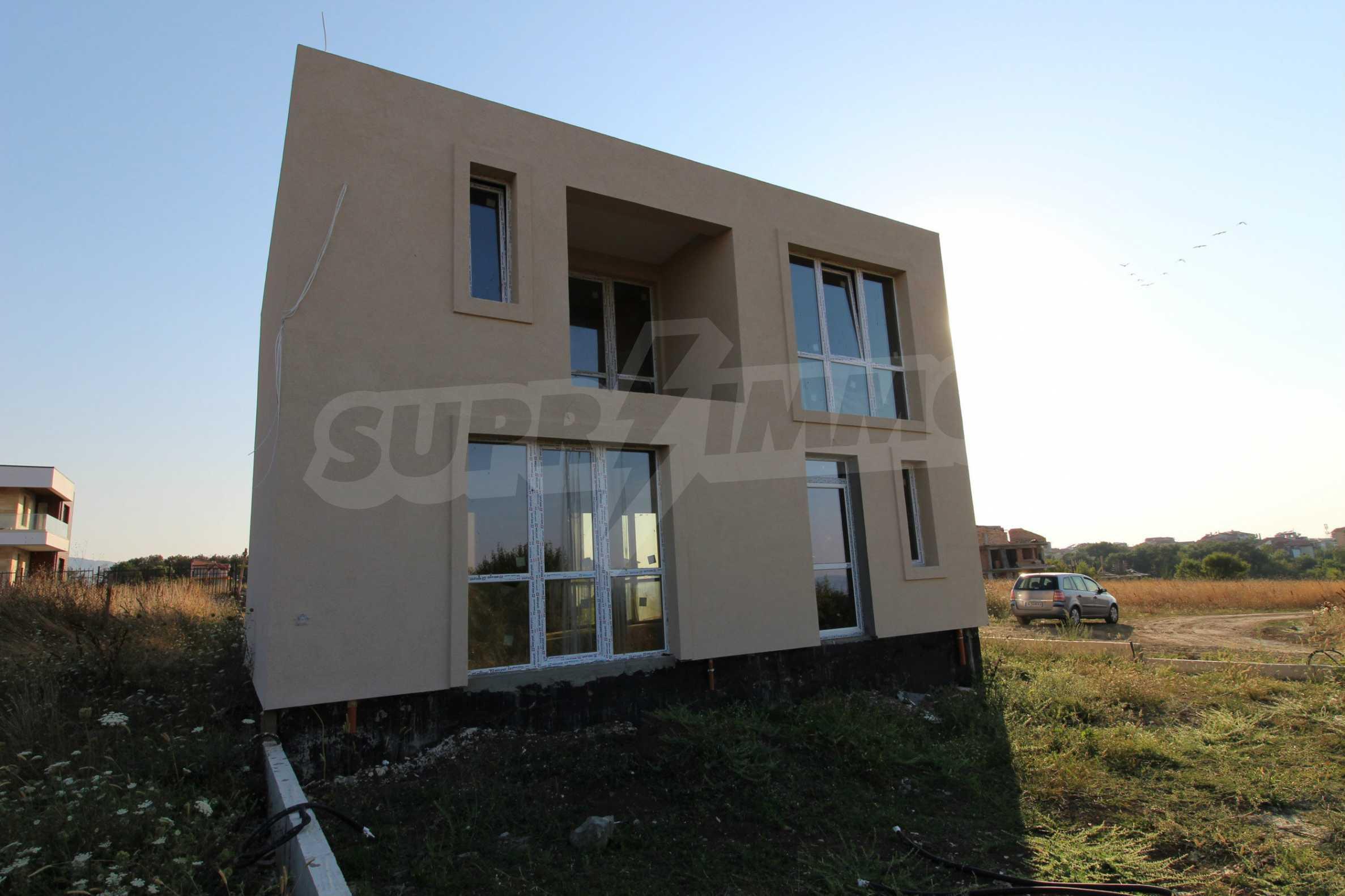 Къща в минималистичен стил, с. Лозенец 6