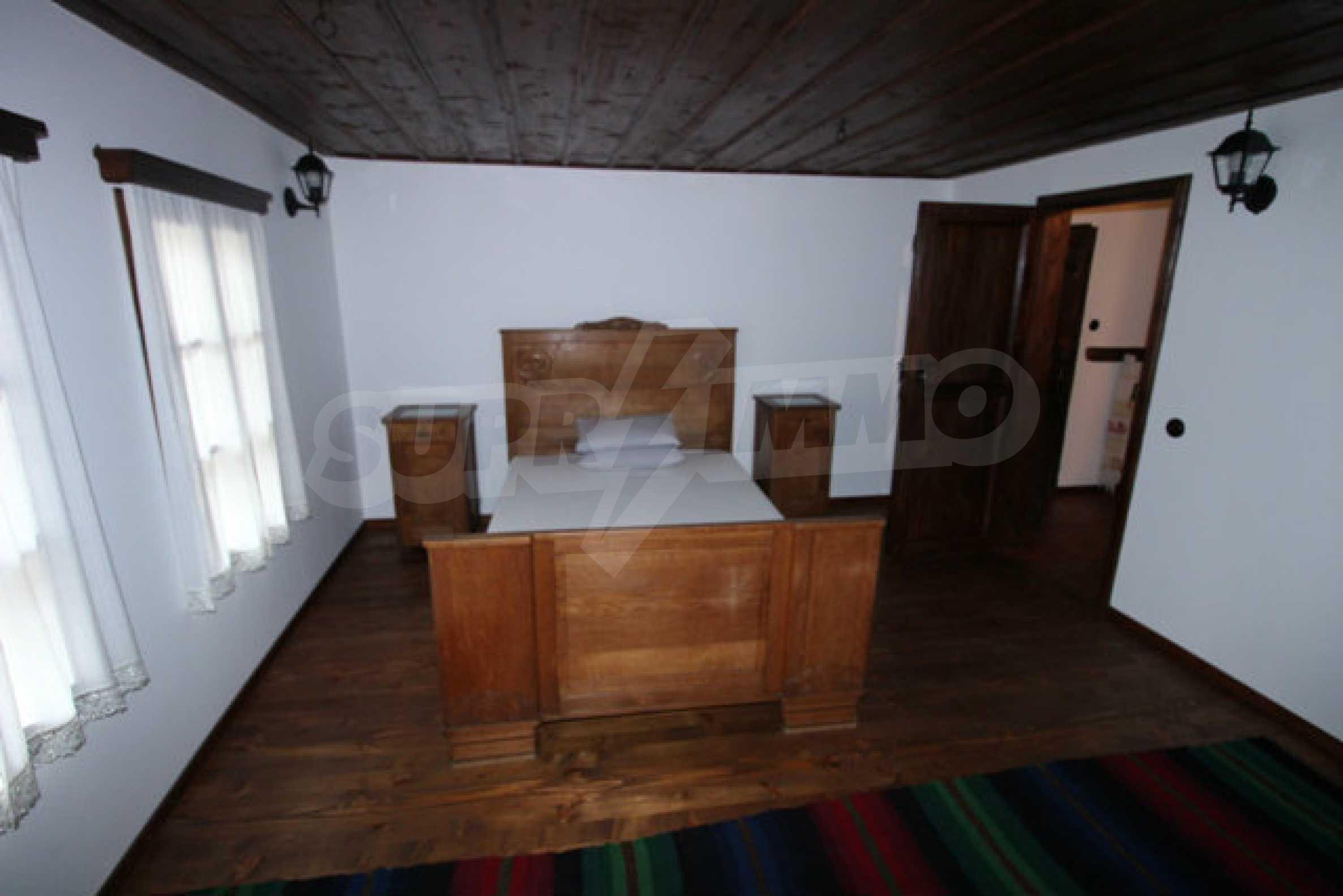Работеща уютна къща за гости, с арт център и и възможност за бизнес 31