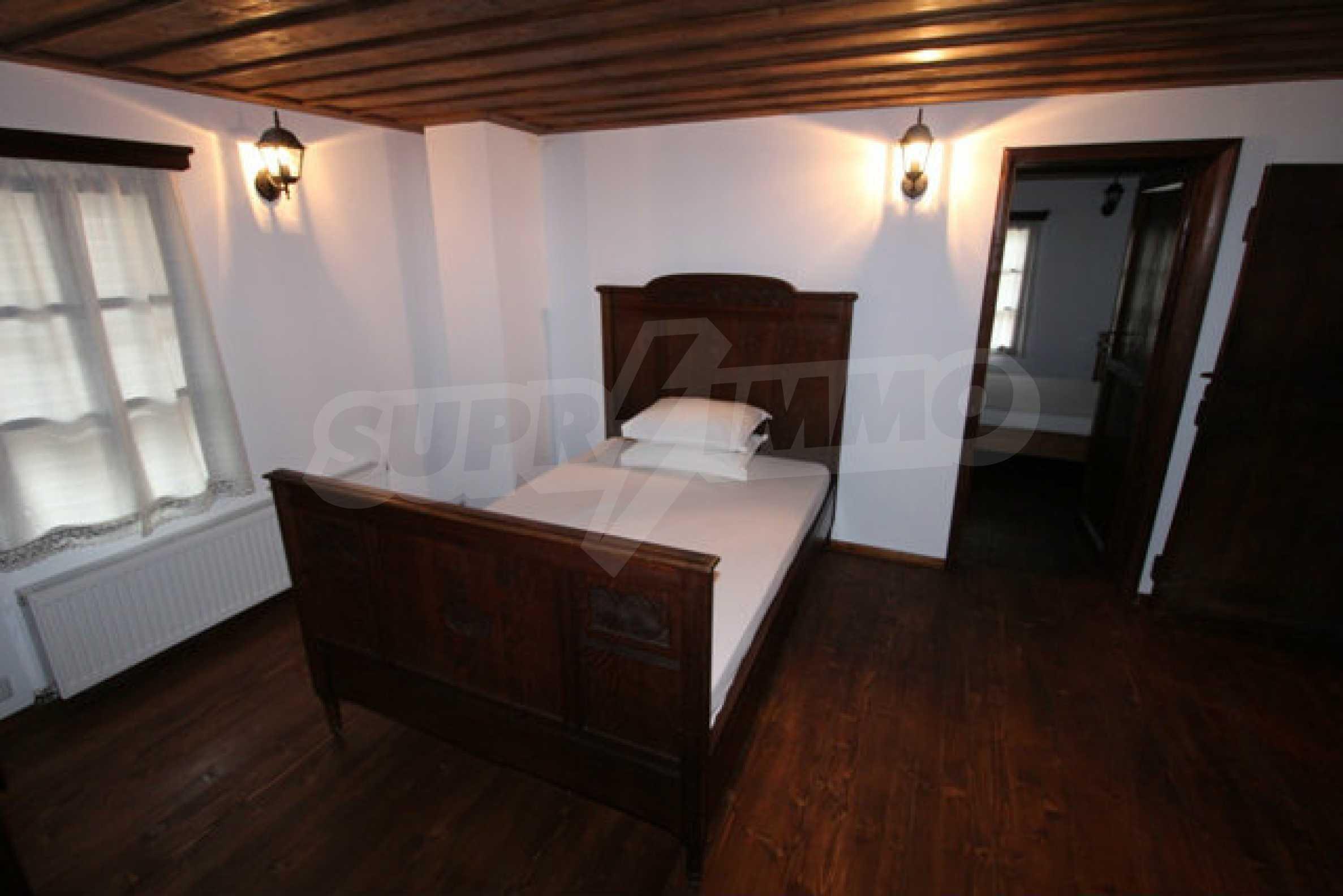 Работеща уютна къща за гости, с арт център и и възможност за бизнес 33
