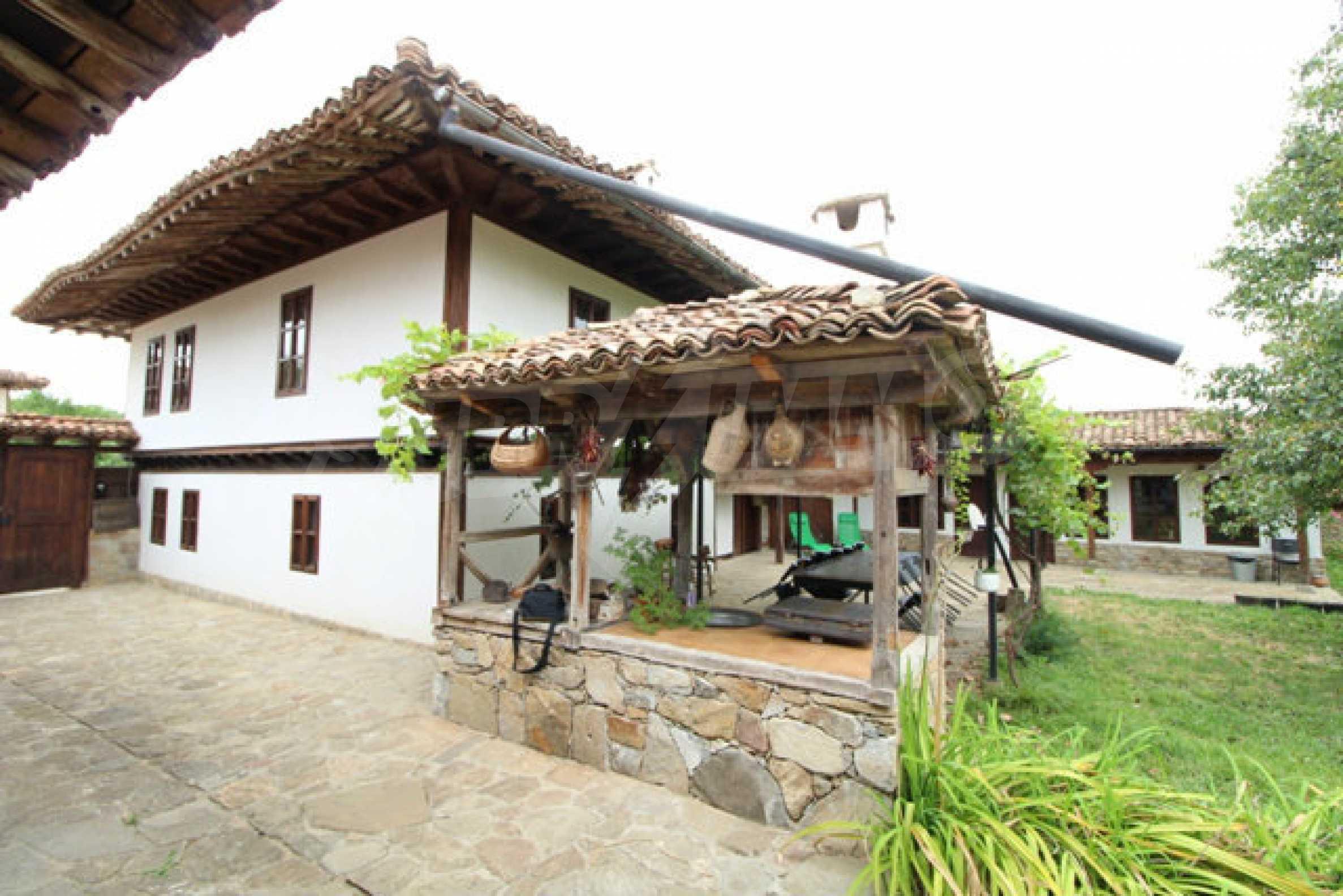 Работеща уютна къща за гости, с арт център и и възможност за бизнес 60