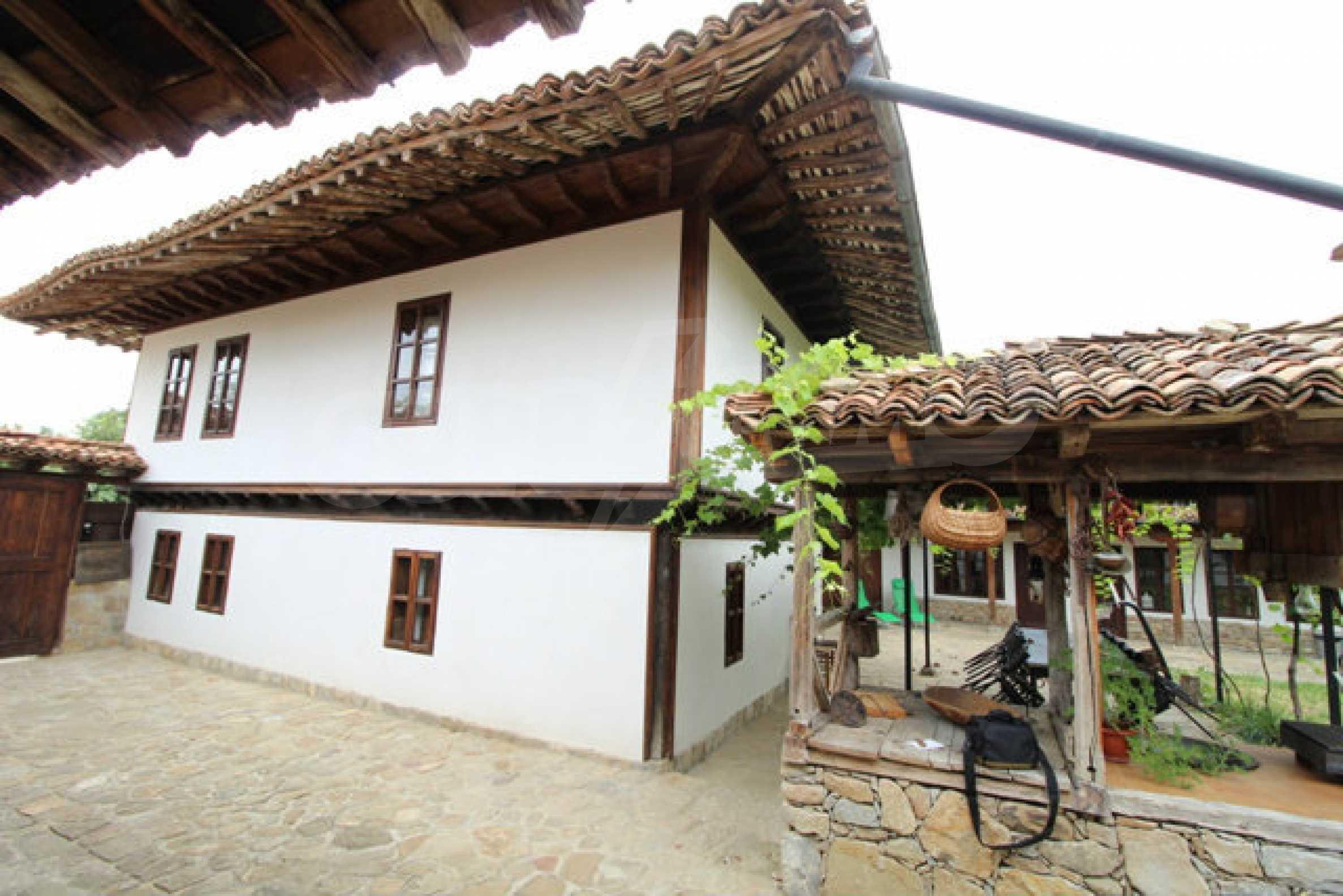 Работеща уютна къща за гости, с арт център и и възможност за бизнес 63