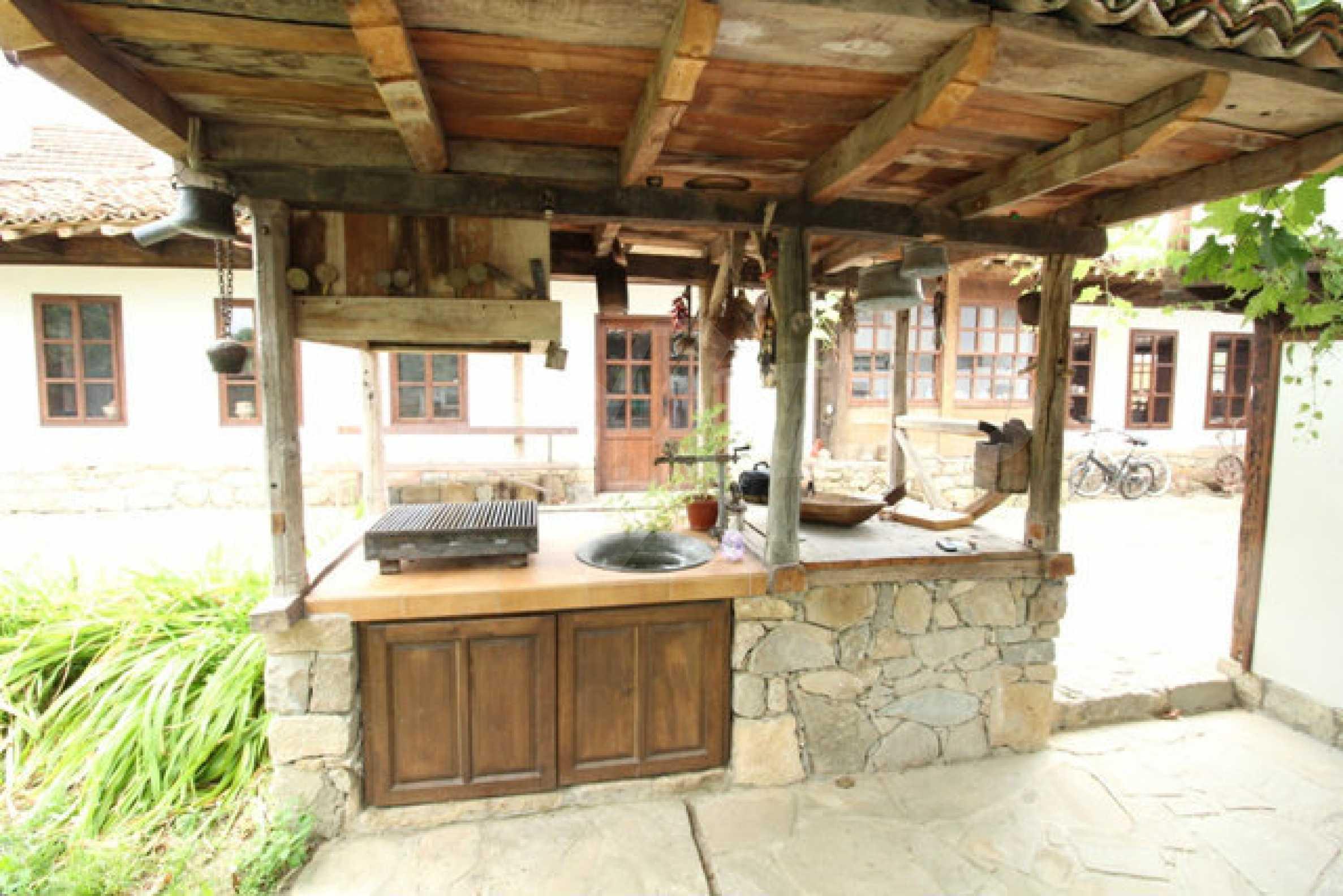 Работеща уютна къща за гости, с арт център и и възможност за бизнес 64