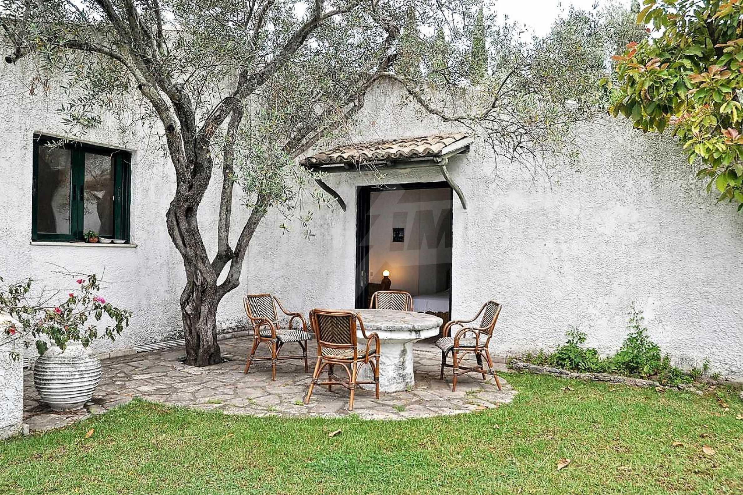 Изключително имение, сливащо се с природата на остров Корфу 19