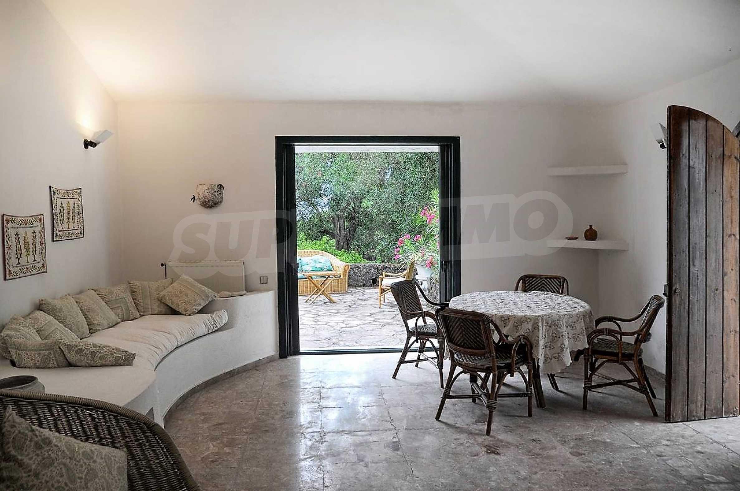 Изключително имение, сливащо се с природата на остров Корфу 20