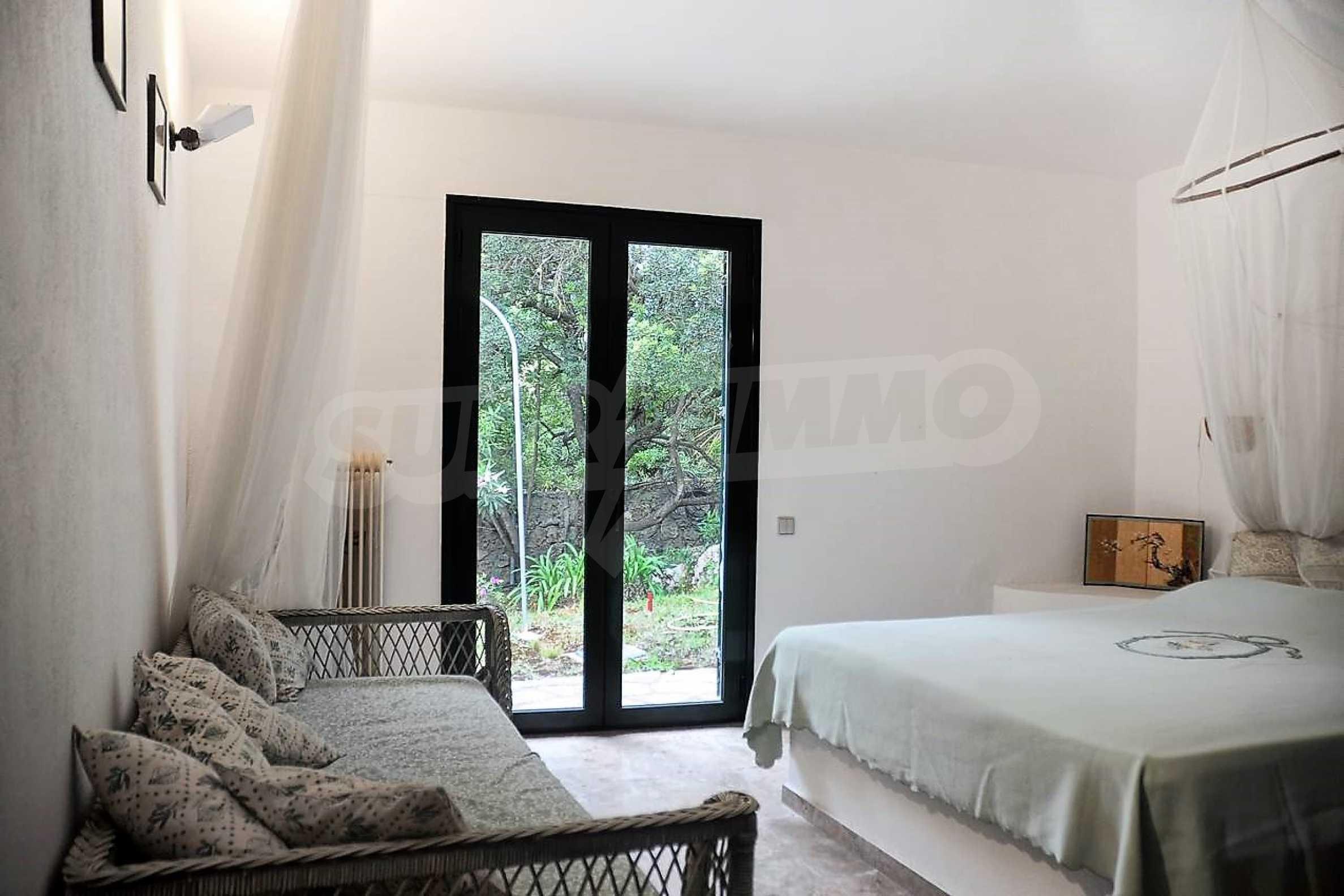 Изключително имение, сливащо се с природата на остров Корфу 24
