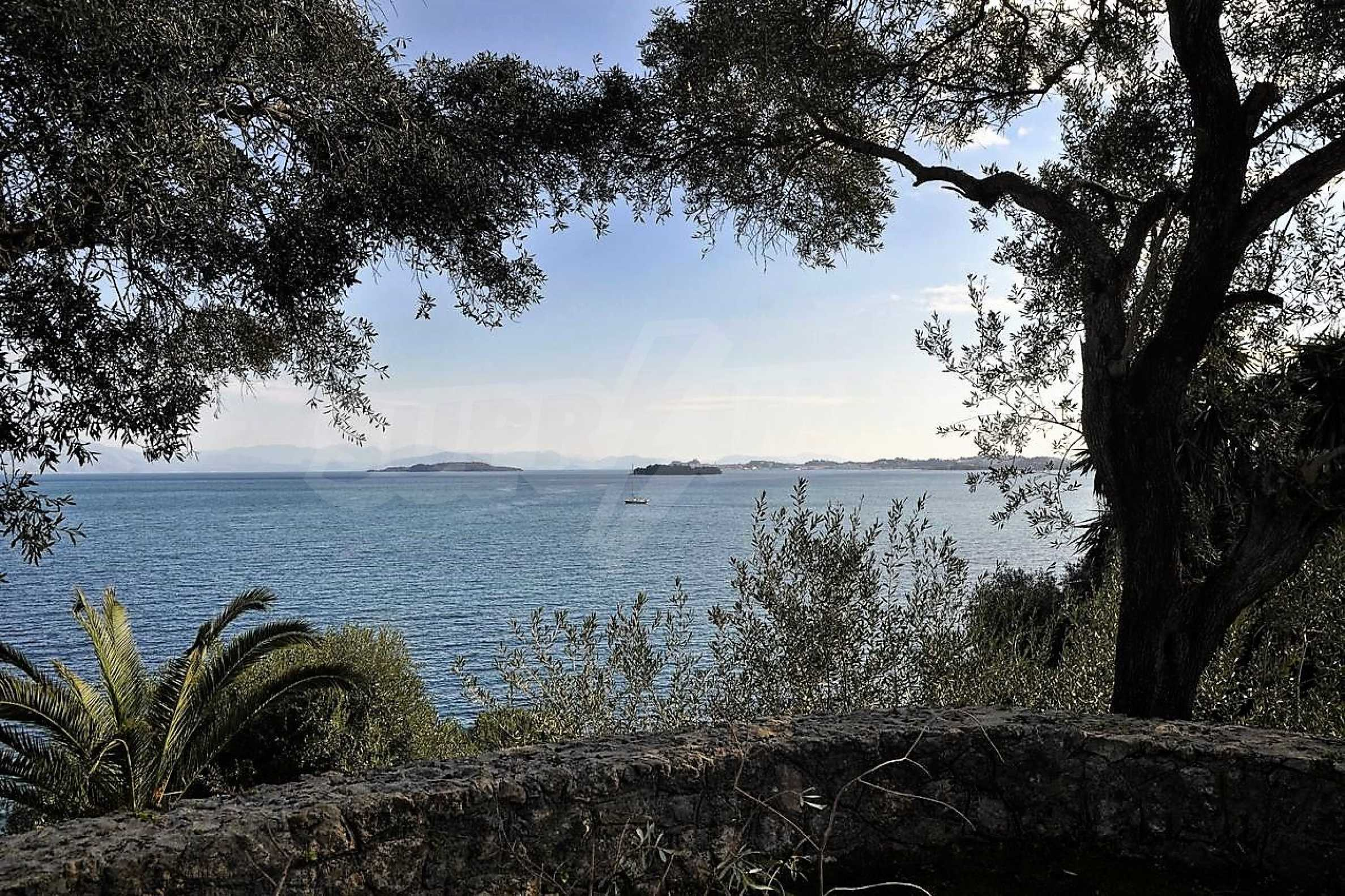 Изключително имение, сливащо се с природата на остров Корфу 5
