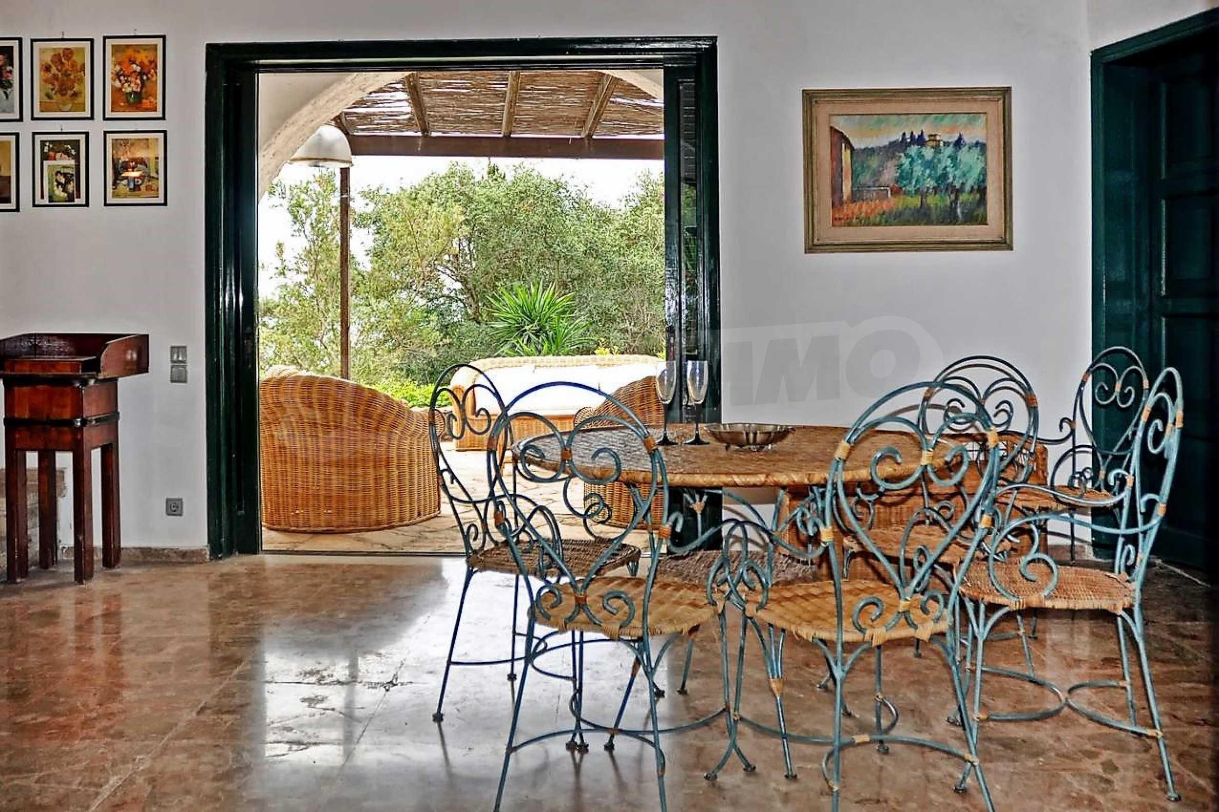 Изключително имение, сливащо се с природата на остров Корфу 8