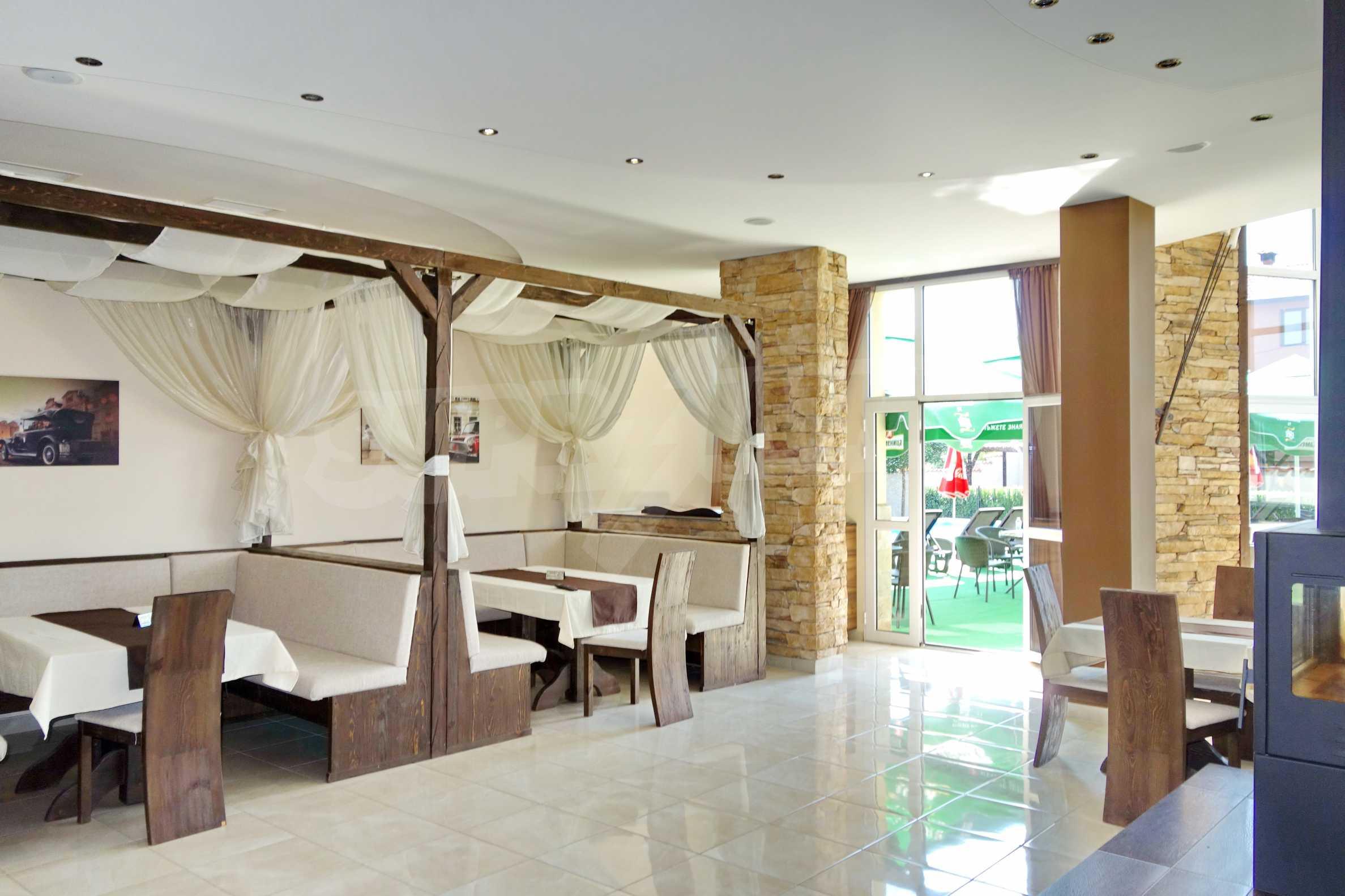 Луксозен спа хотел в центъра на гр. Елин Пелин 18