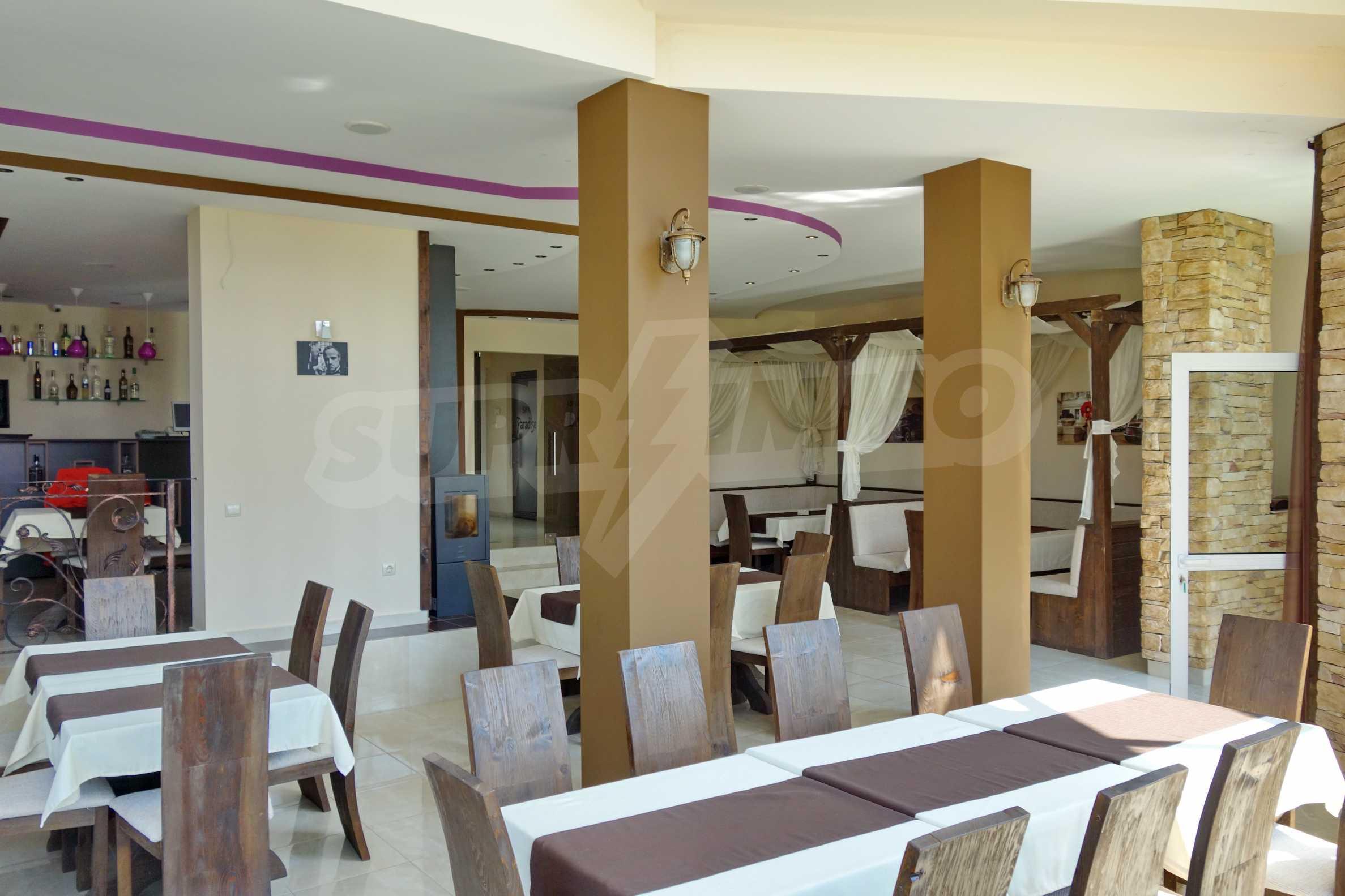 Луксозен спа хотел в центъра на гр. Елин Пелин 4