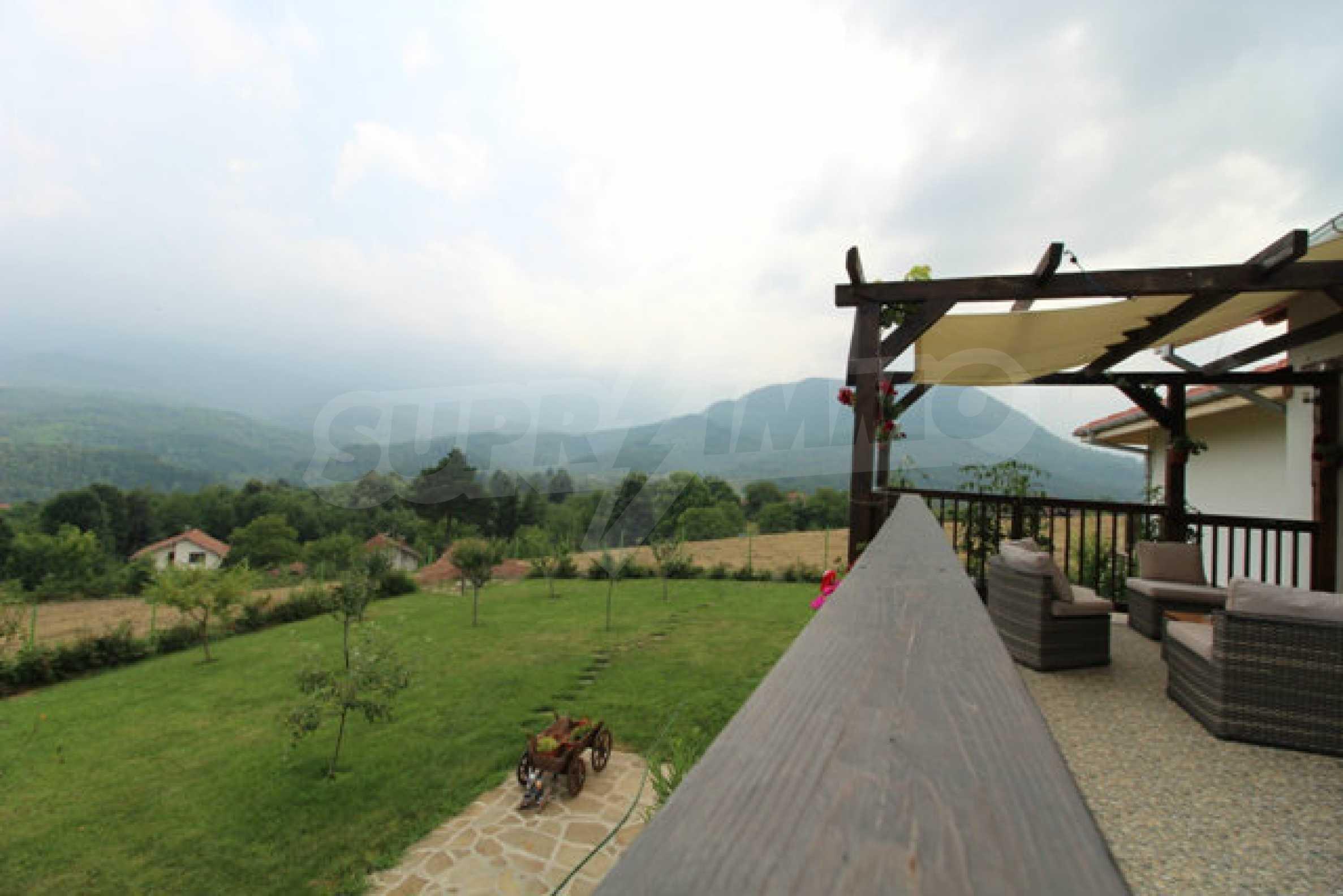 Уютна  къща с уникална панорама  на 7 км. от гр. Априлци 51