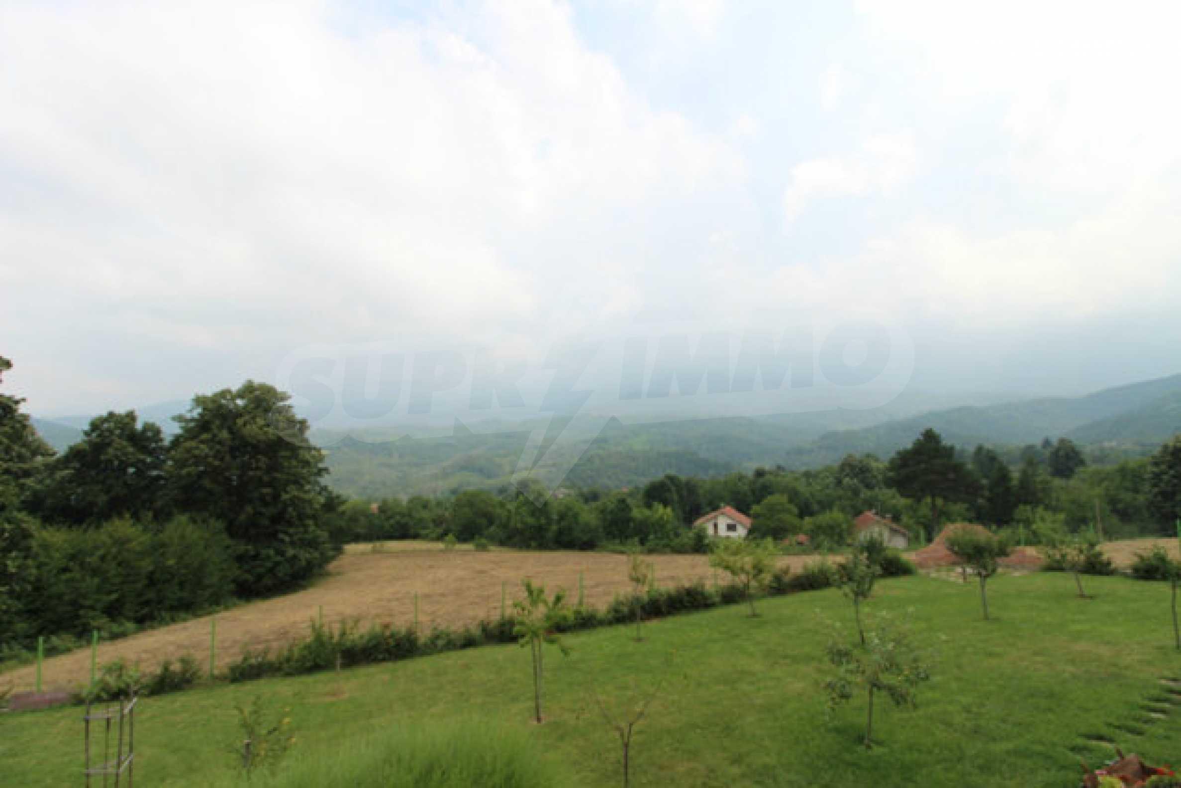 Уютна  къща с уникална панорама  на 7 км. от гр. Априлци 52