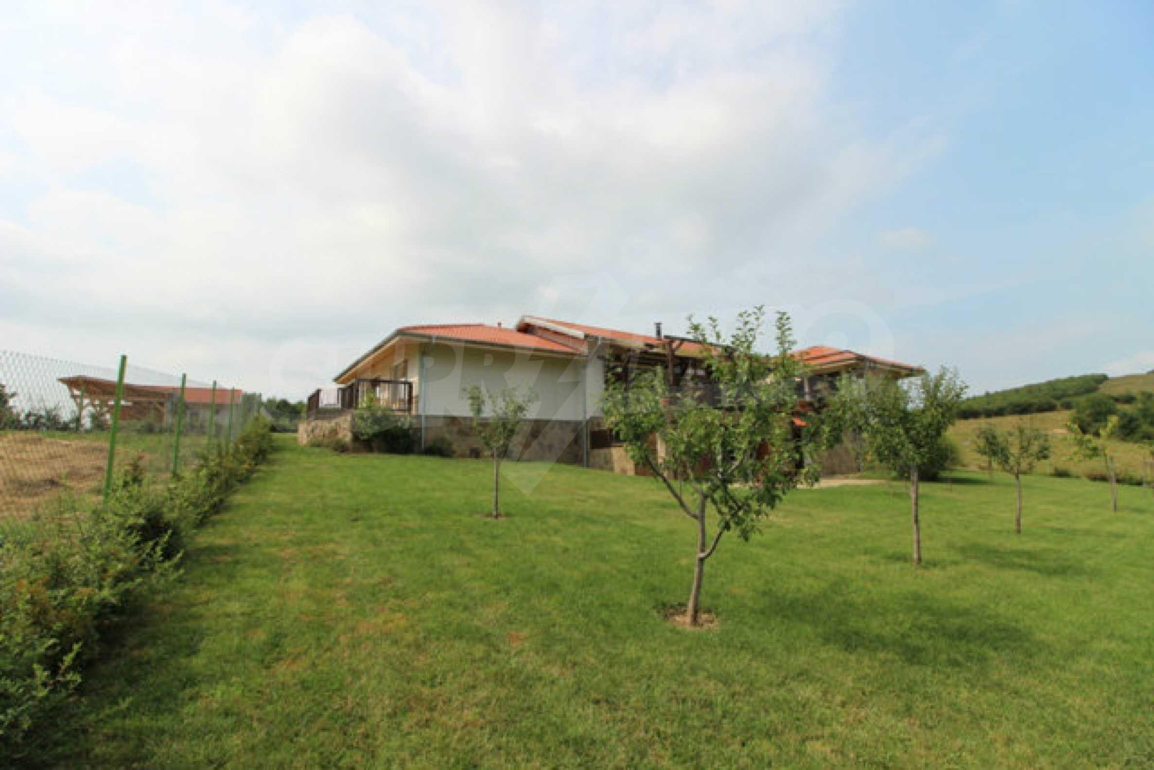 Уютна  къща с уникална панорама  на 7 км. от гр. Априлци 57