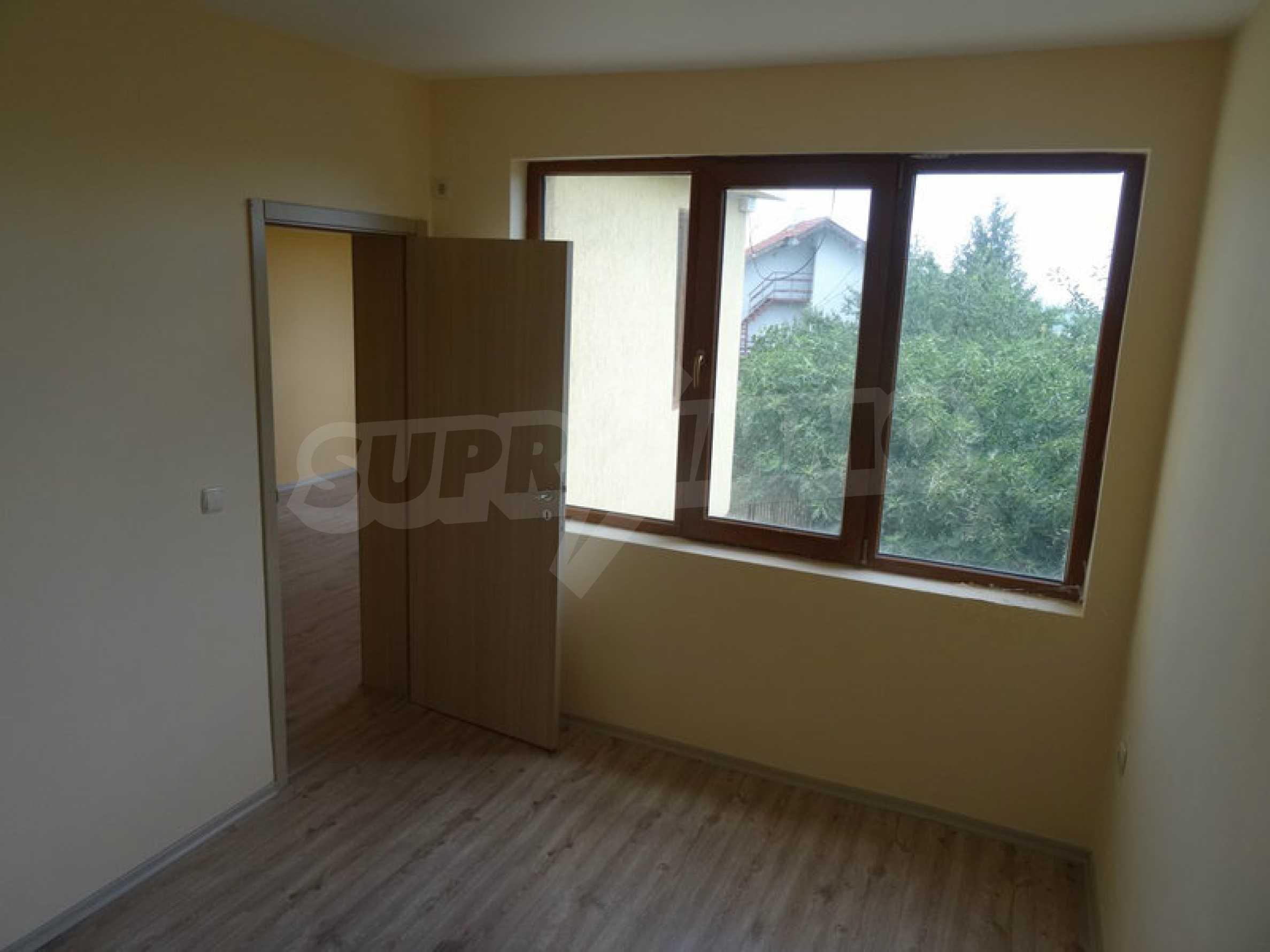 Тристаен апартамент до ключ близо до курорти Албена и Кранево 5