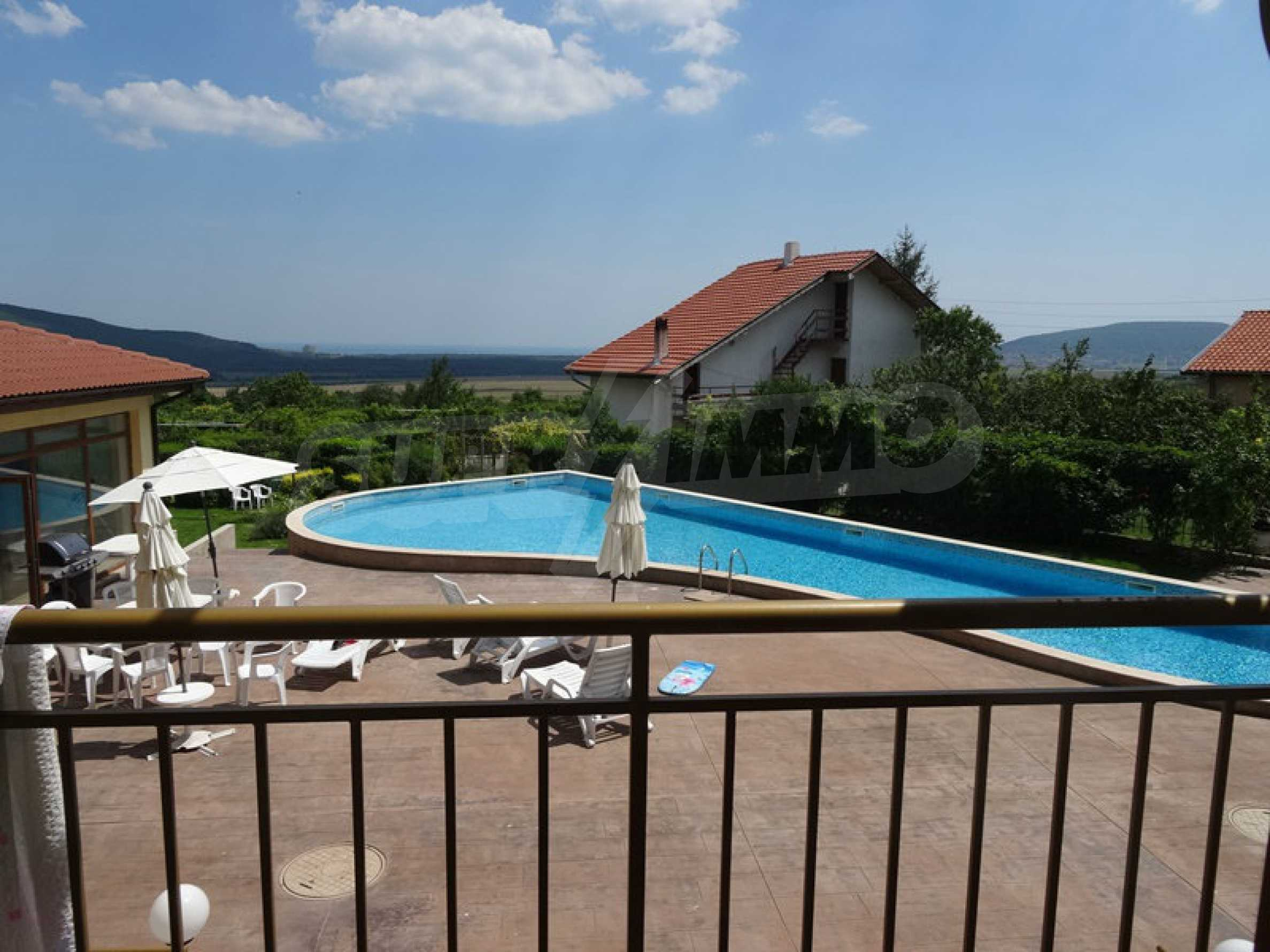 Двустаен апартамент близо до курорти Албена и Кранево 2
