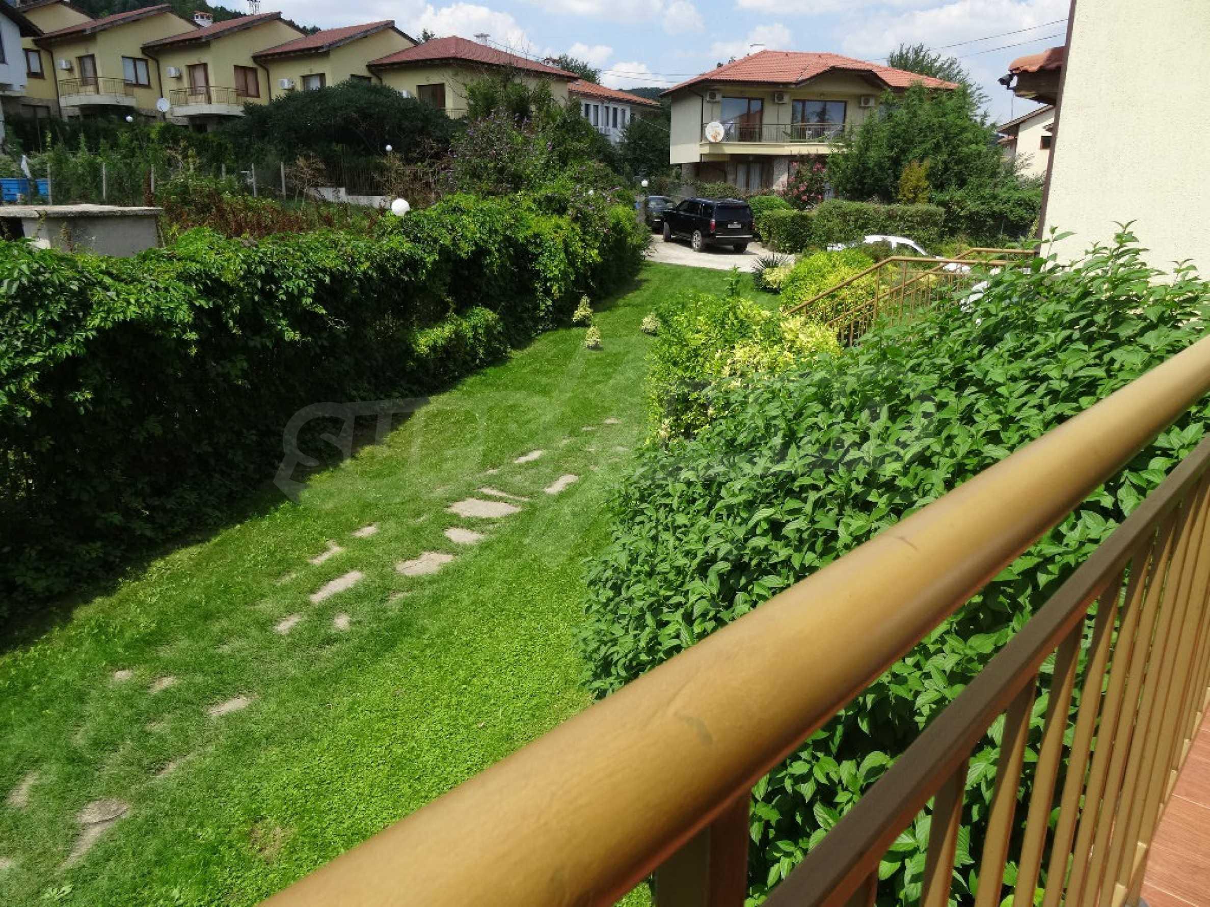 Тристаен апартамент до ключ близо до курорти Албена и Кранево 10