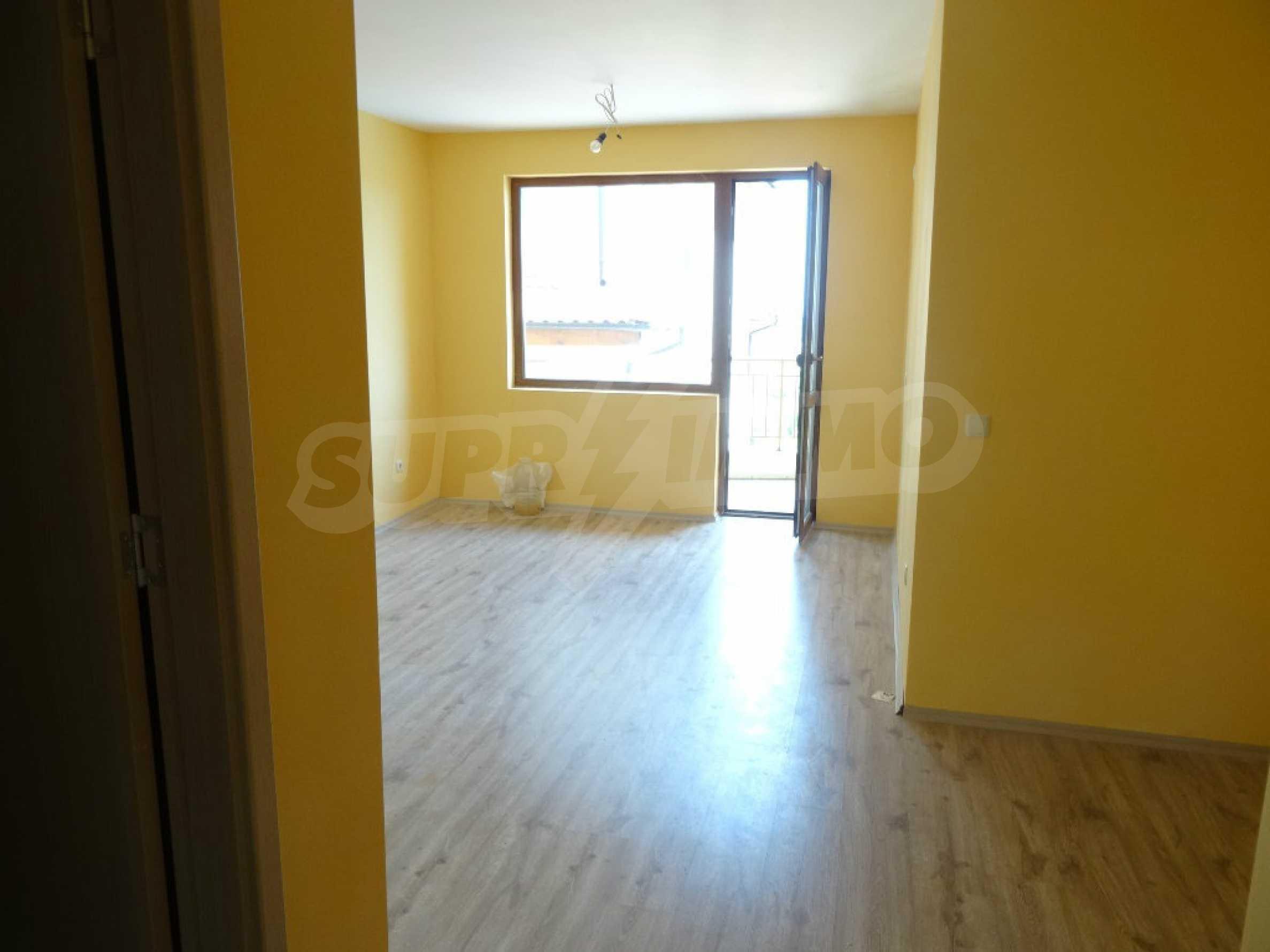 Тристаен апартамент до ключ близо до курорти Албена и Кранево 2