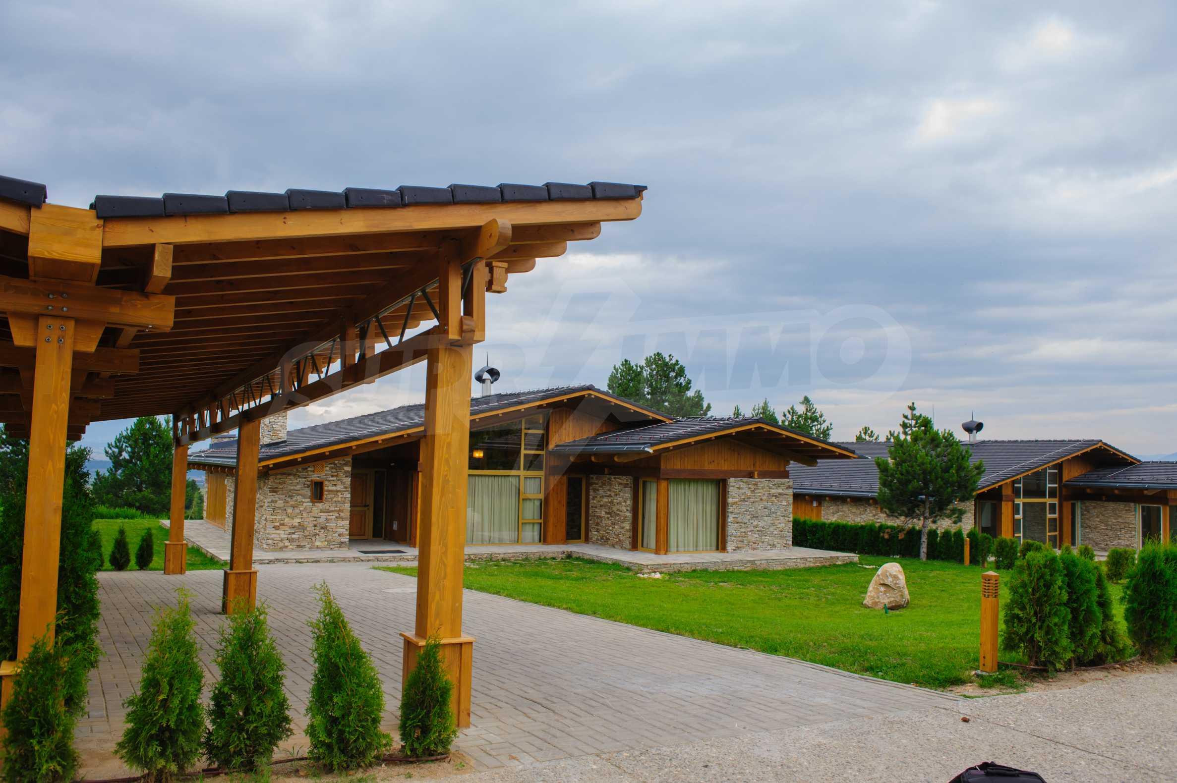 Нов квартал с луксозни къщи в голф-комплекс 38