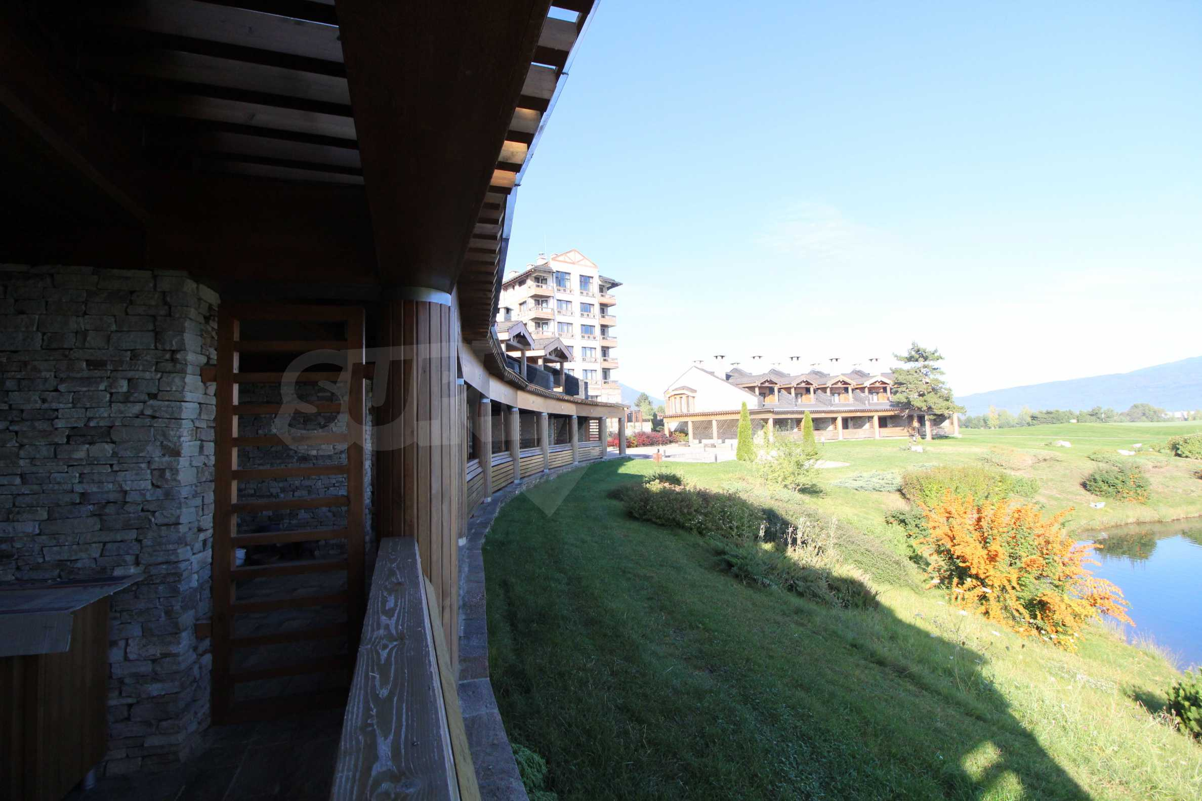 Двуетажна къща със стилен интериор в затворен голф комплекс, между градове Банско и Разлог 37