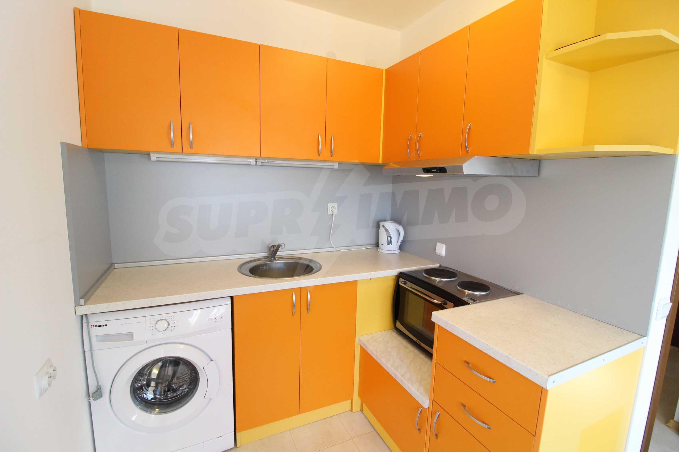 Обзаведен двустаен апартамент в близост до центъра на Банско 13