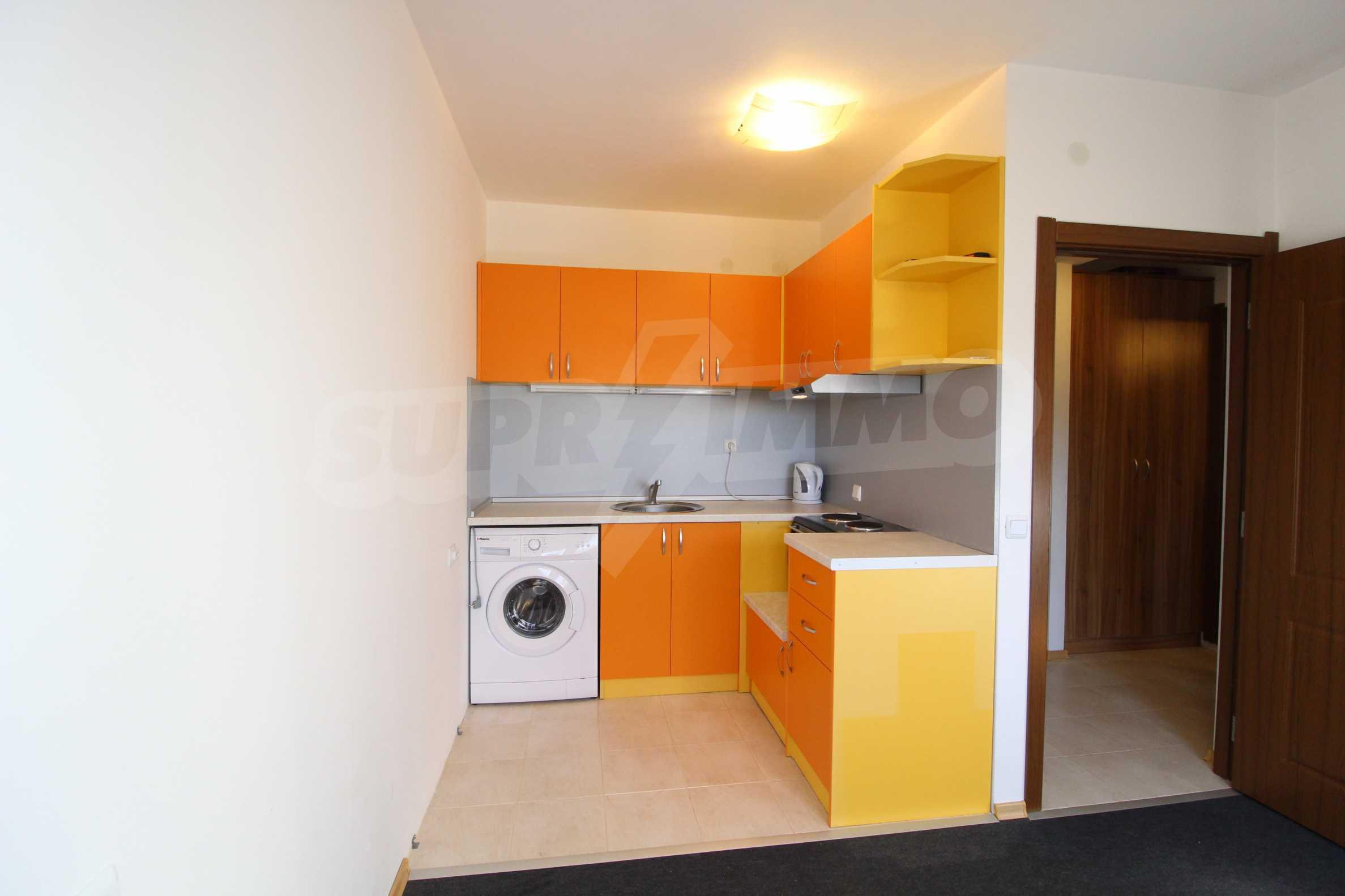 Обзаведен двустаен апартамент в близост до центъра на Банско 14