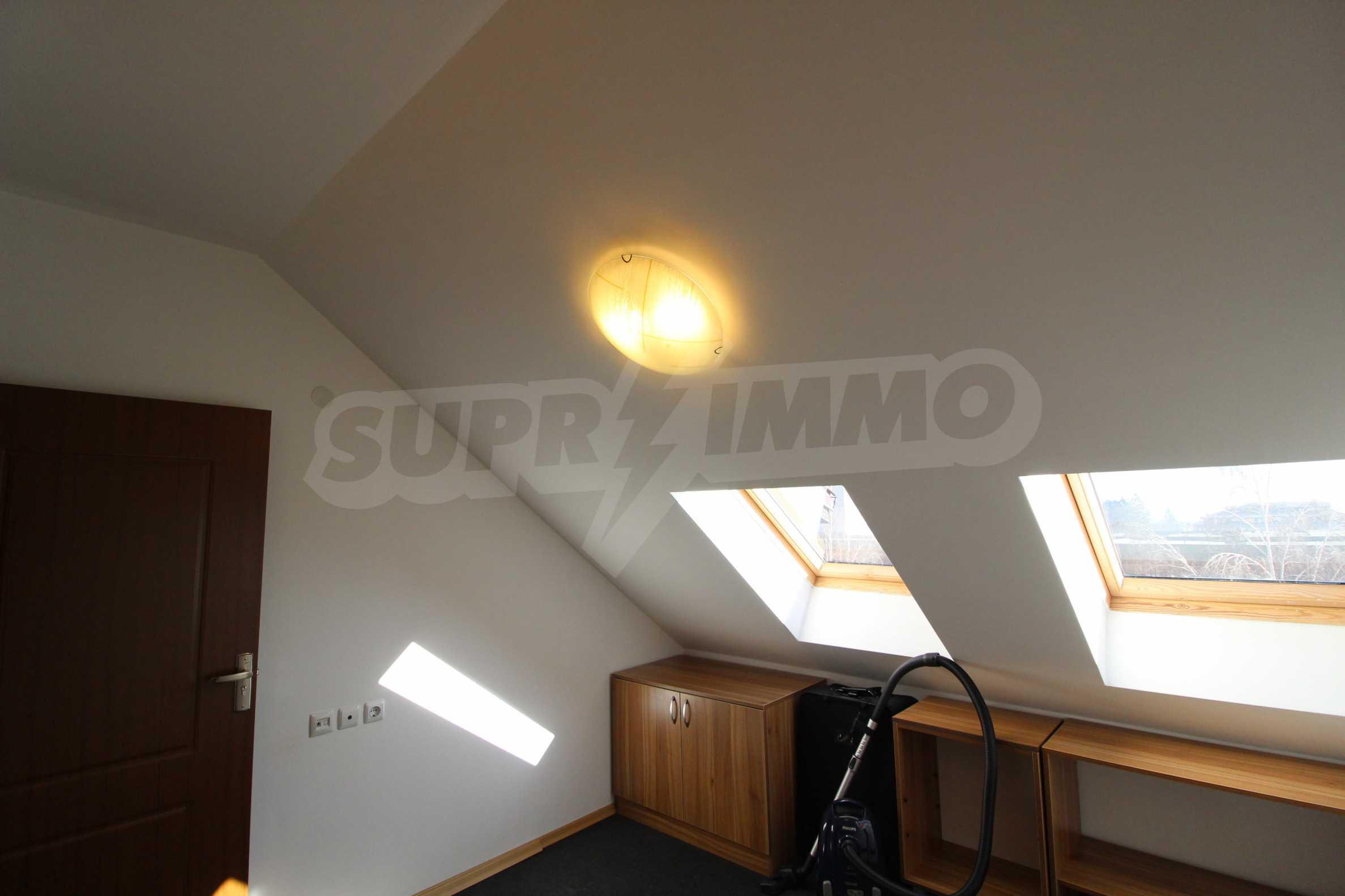 Обзаведен двустаен апартамент в близост до центъра на Банско 15