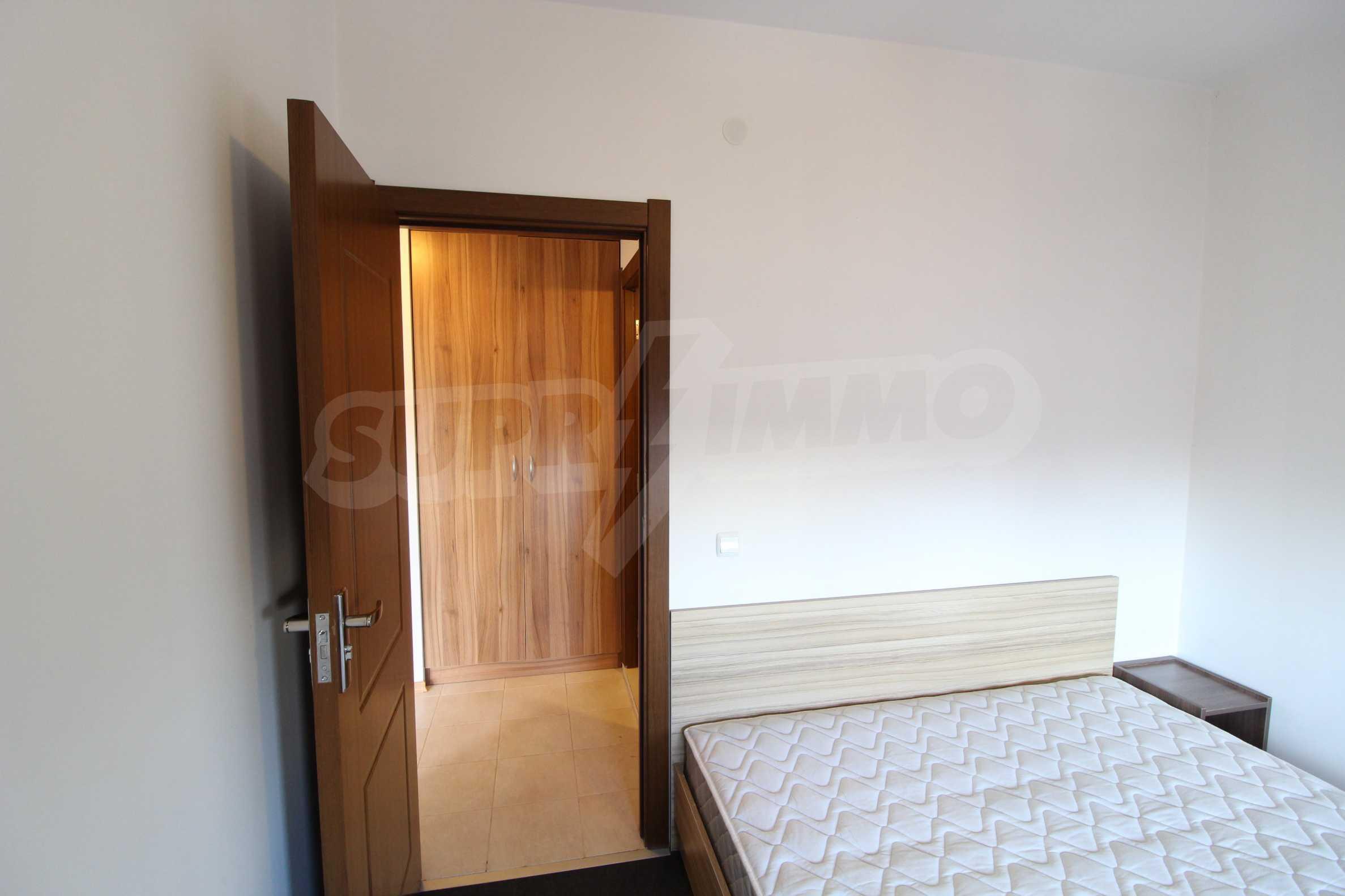 Обзаведен двустаен апартамент в близост до центъра на Банско 6