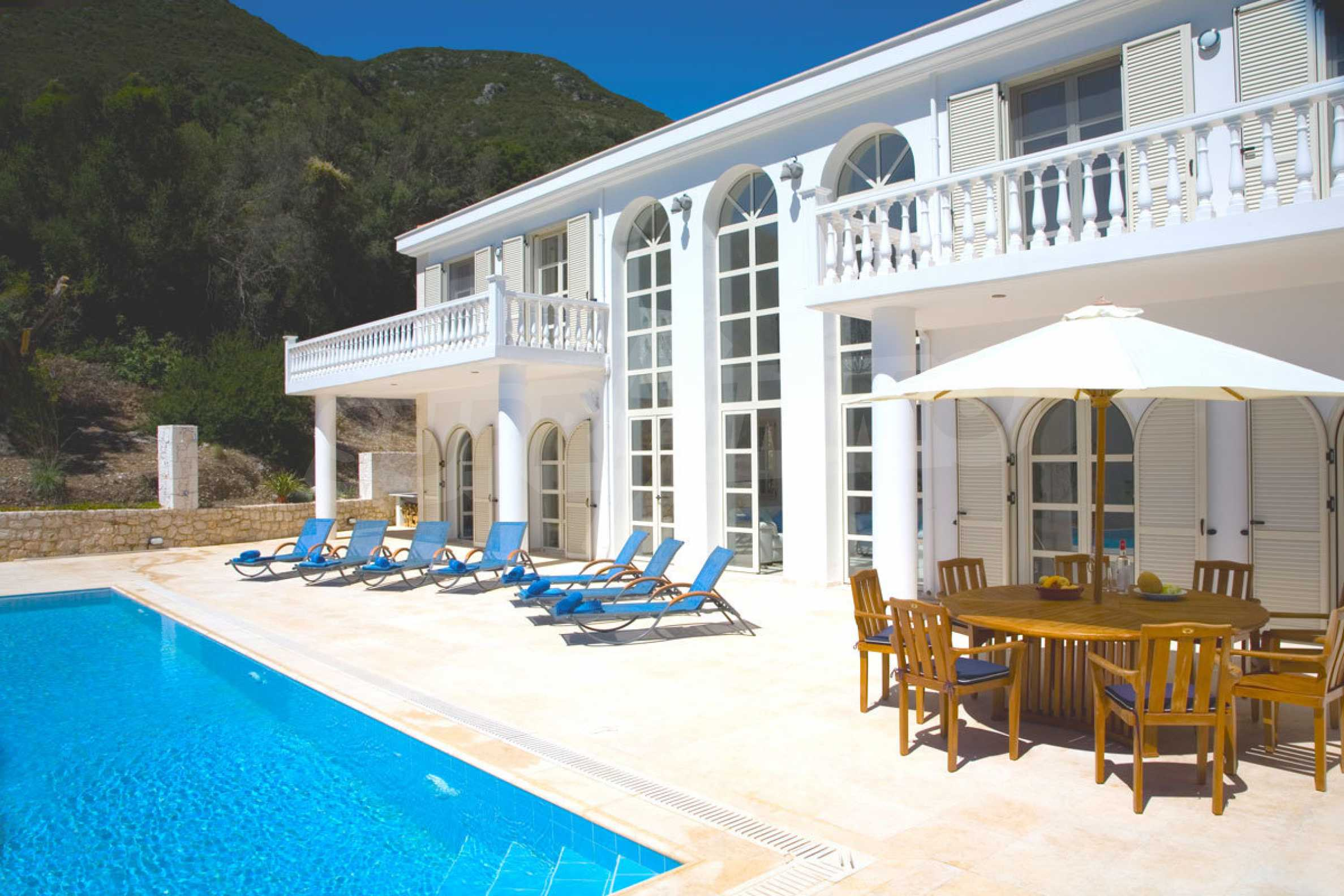 Luxury house with unique architecture in Vasiliki of Lefkada