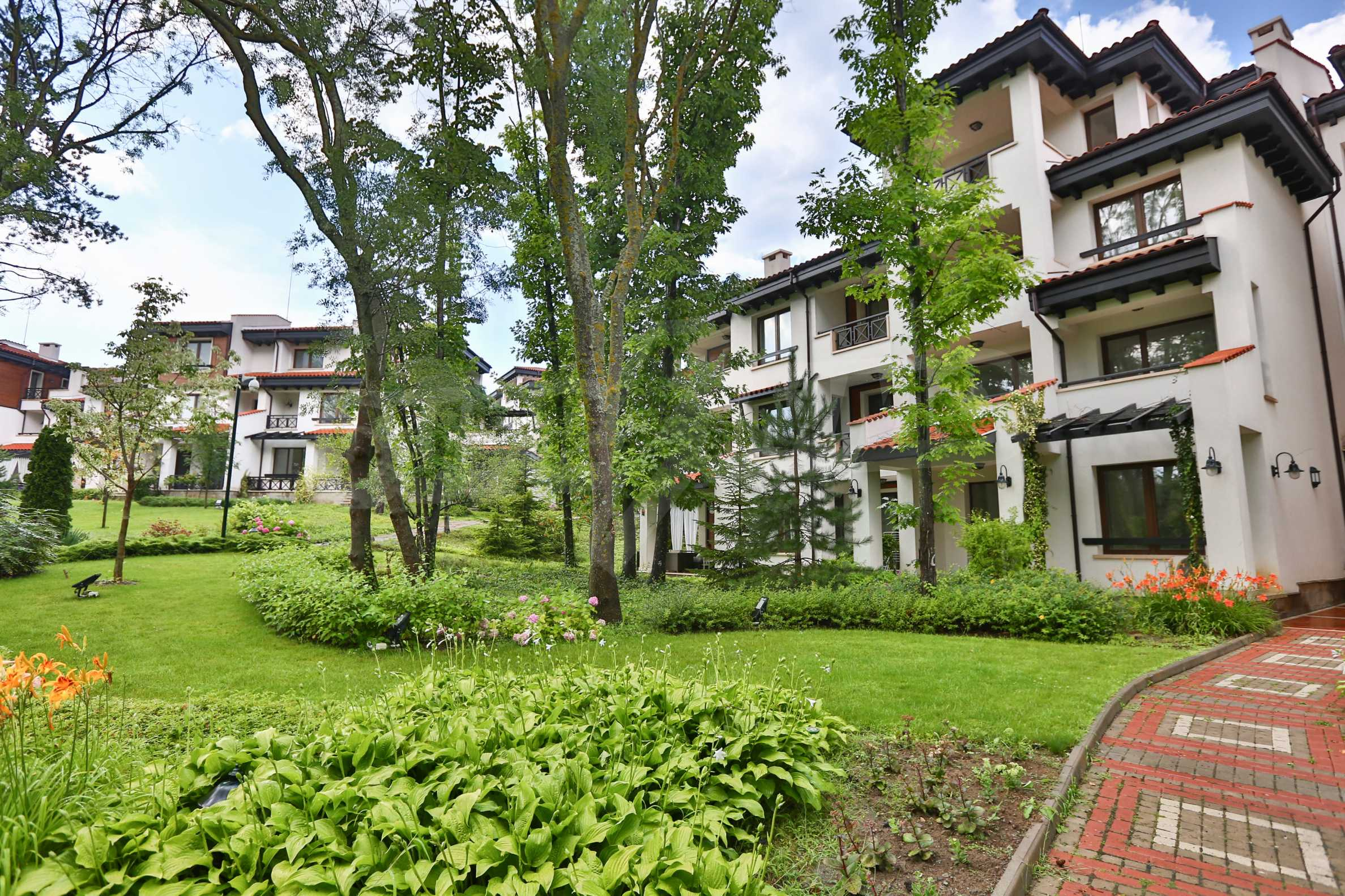 Последни апартаменти в разкошен комплекс с уникален парк и множество екстри 9