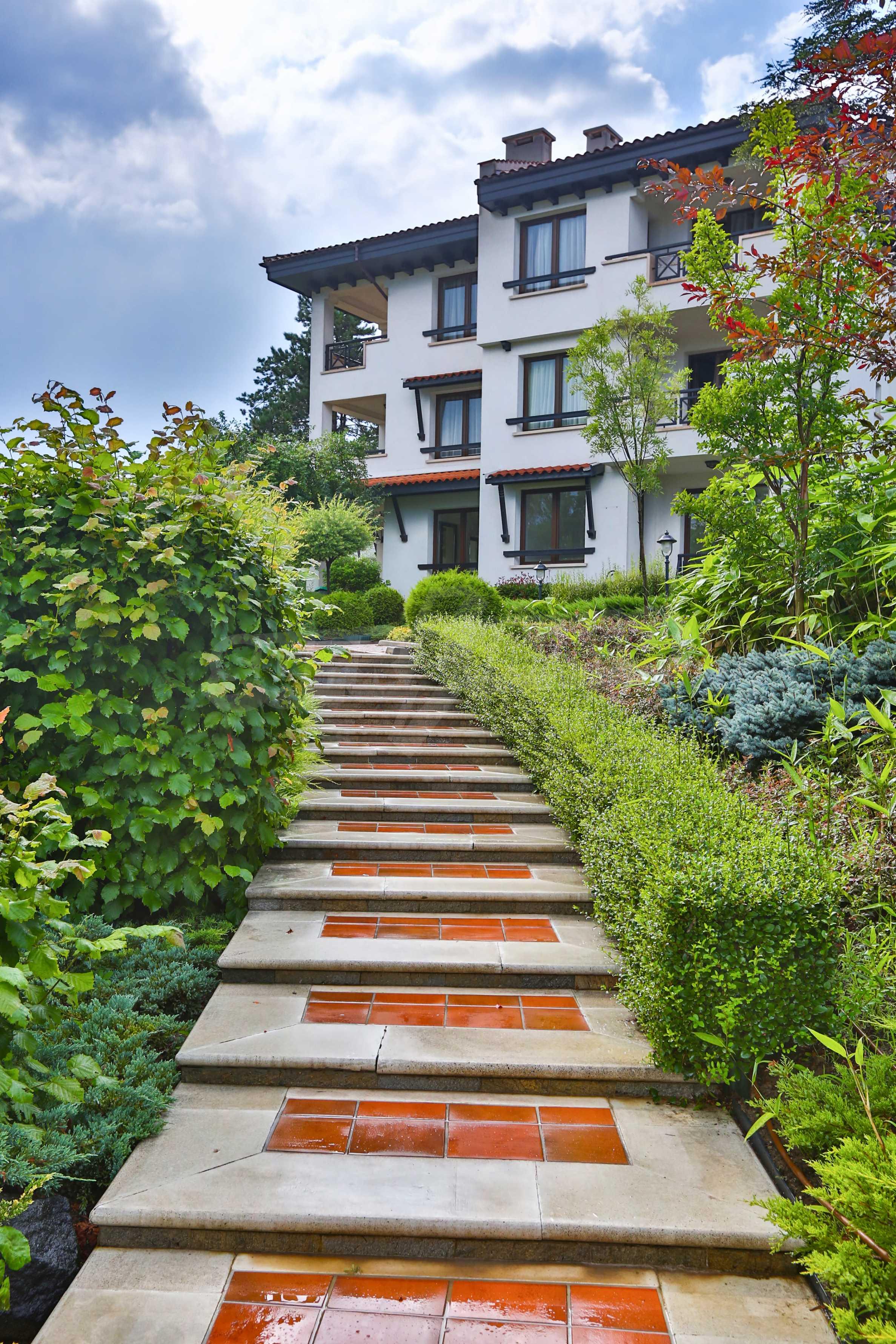 Последни апартаменти в разкошен комплекс с уникален парк и множество екстри 14