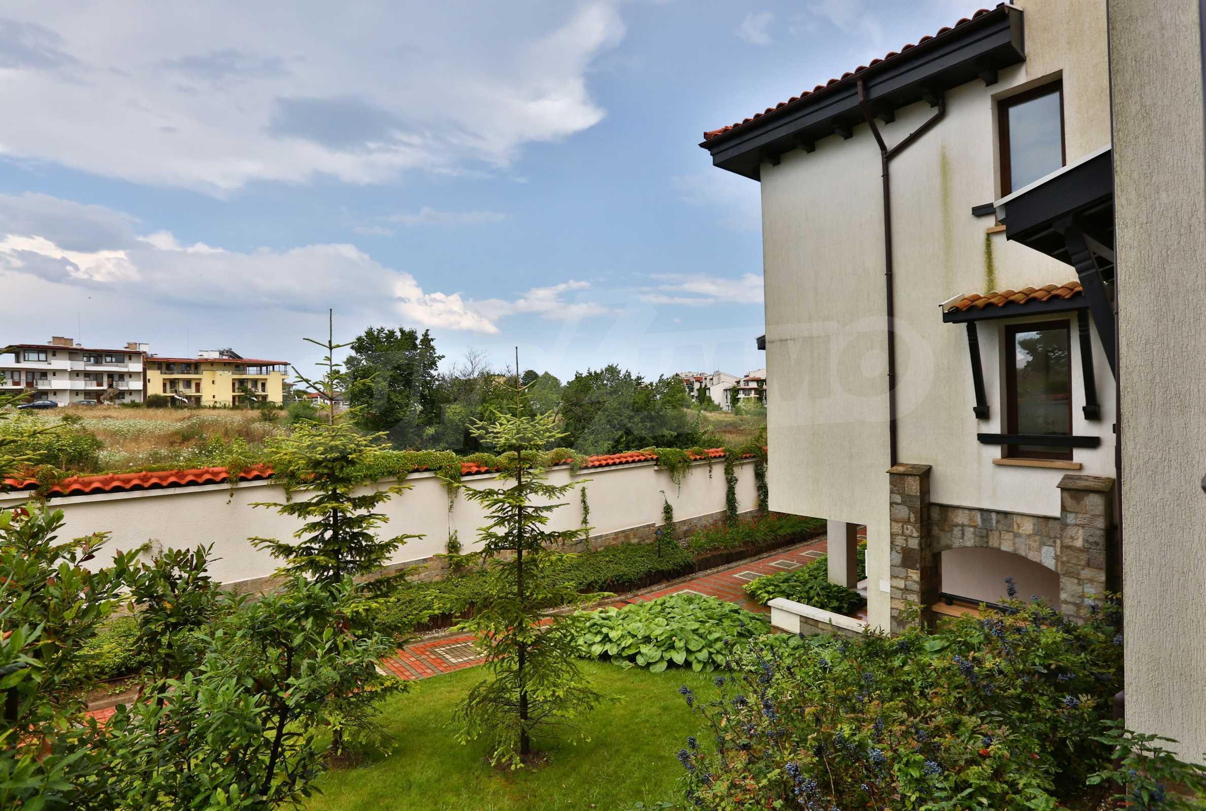 Последни апартаменти в разкошен комплекс с уникален парк и множество екстри 32