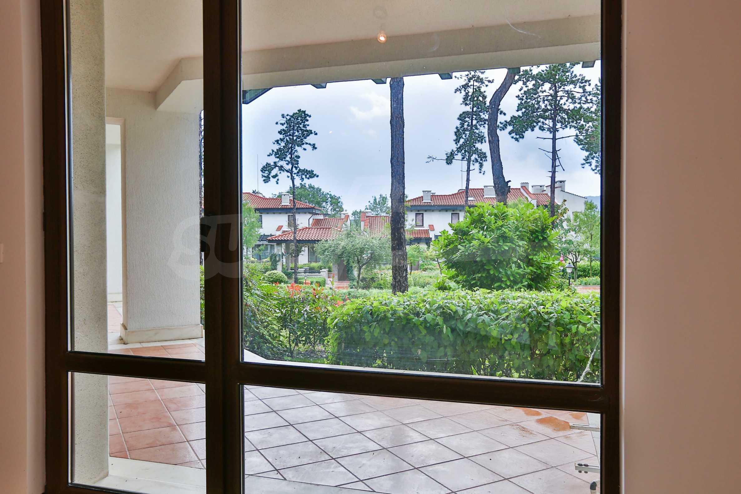 Последни апартаменти в разкошен комплекс с уникален парк и множество екстри 36